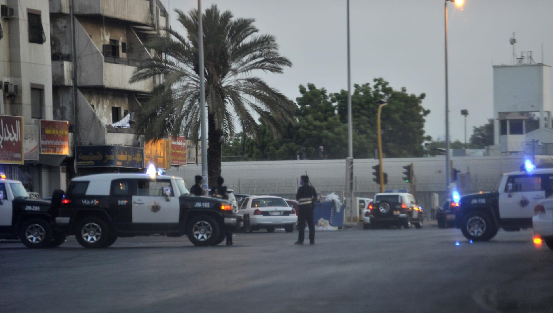 """الداخلية السعودية: مقتل 3 رجال أمن بـ""""اعتداء"""" على نقطة تفتيش في عسير"""