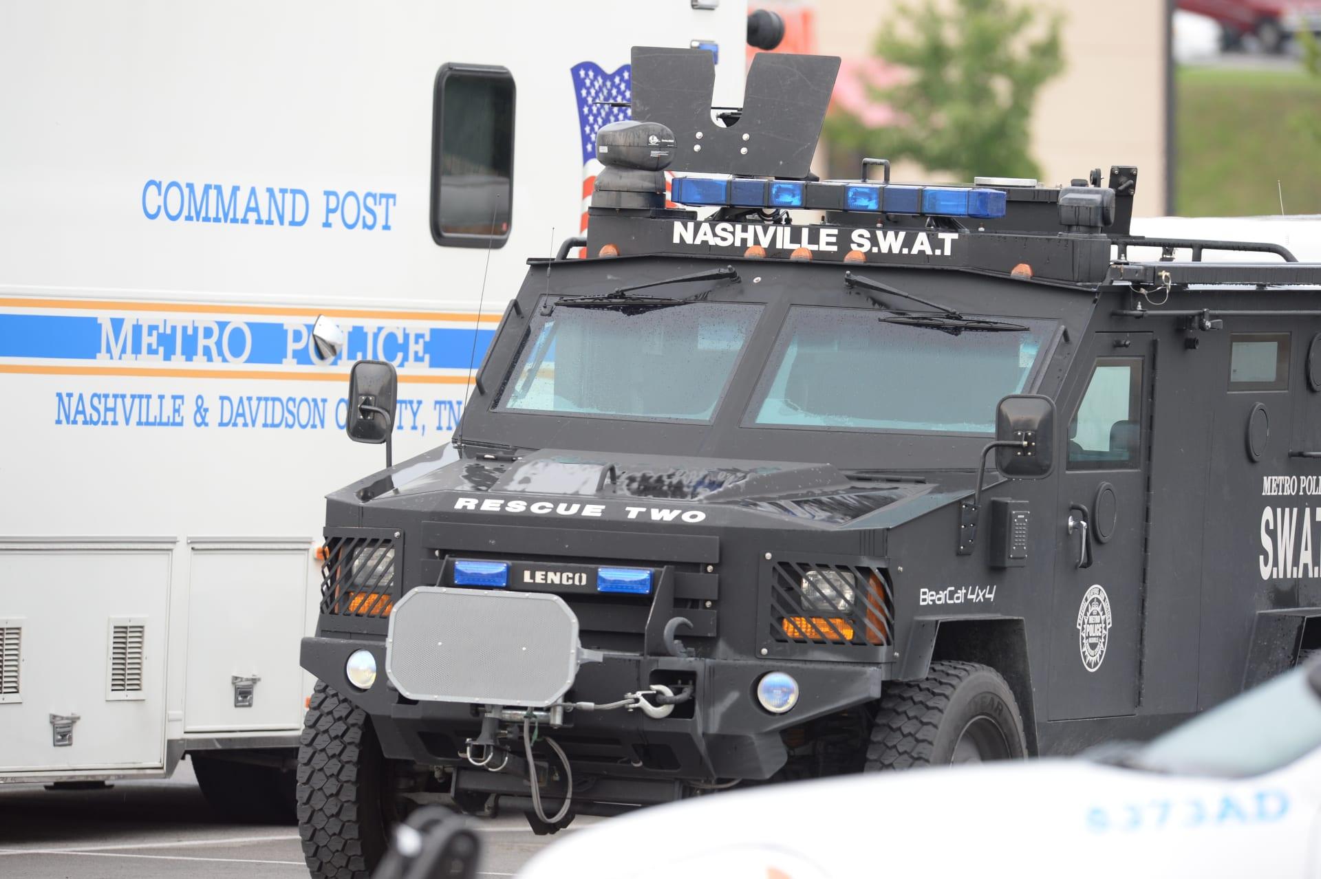 الشرطة الأمريكية: مسلح عار يقتل 4 أشخاص ويصيب 6 على الأقل بولاية تينيسي