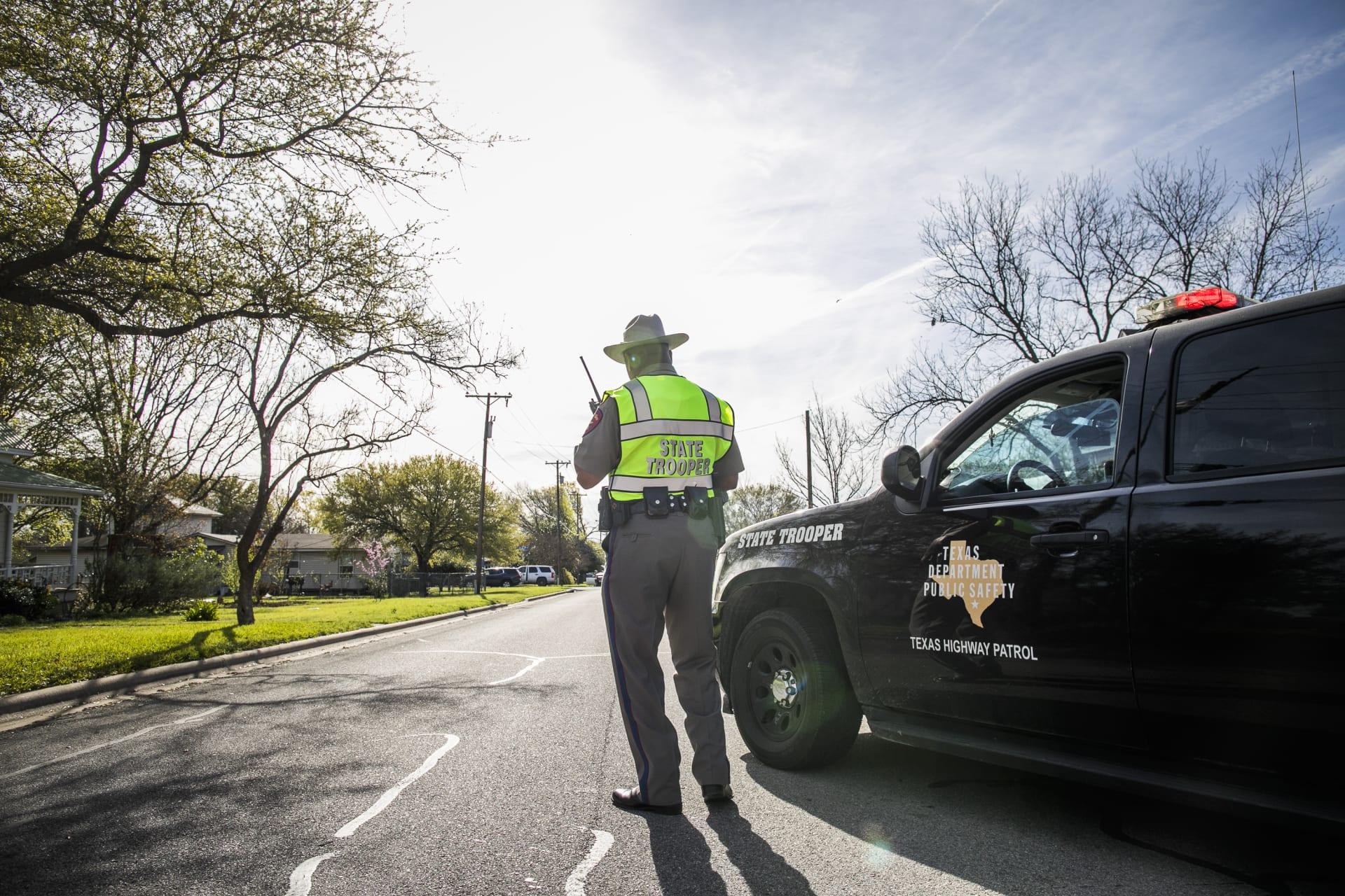 لا إصابات في مواجهة بين الشرطة ومسلح مشتبه به في دالاس الأمريكية
