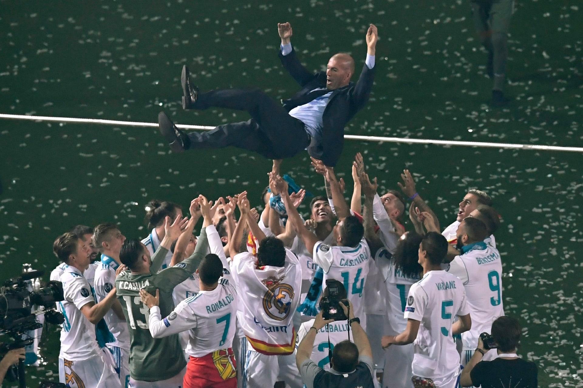بكلمات مؤثرة وعاطفية.. هكذا ودع لاعبو ريال مدريد زيدان