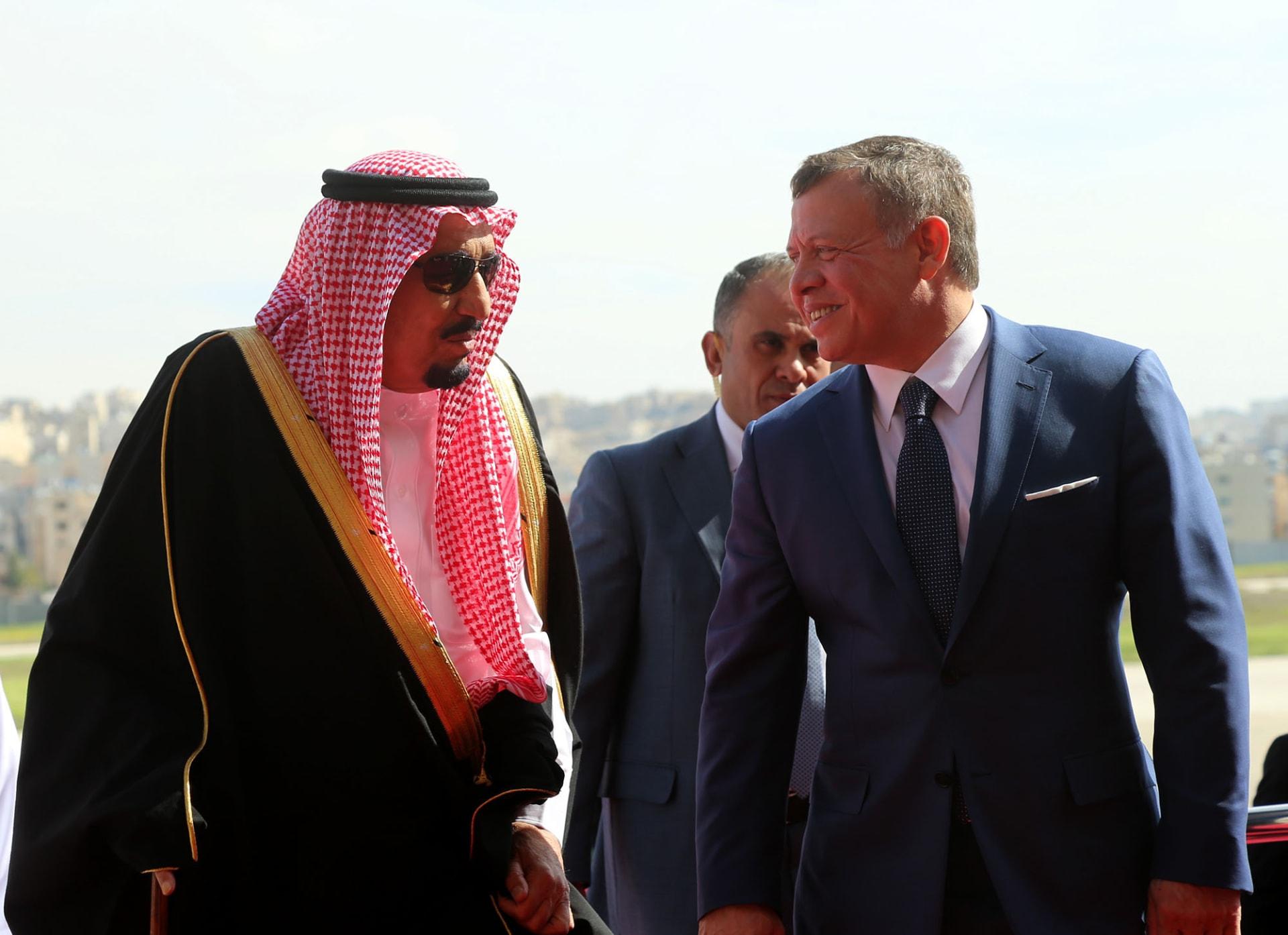 العاهل الأردني يشارك في الاجتماع الرباعي الذي دعا له الملك سلمان