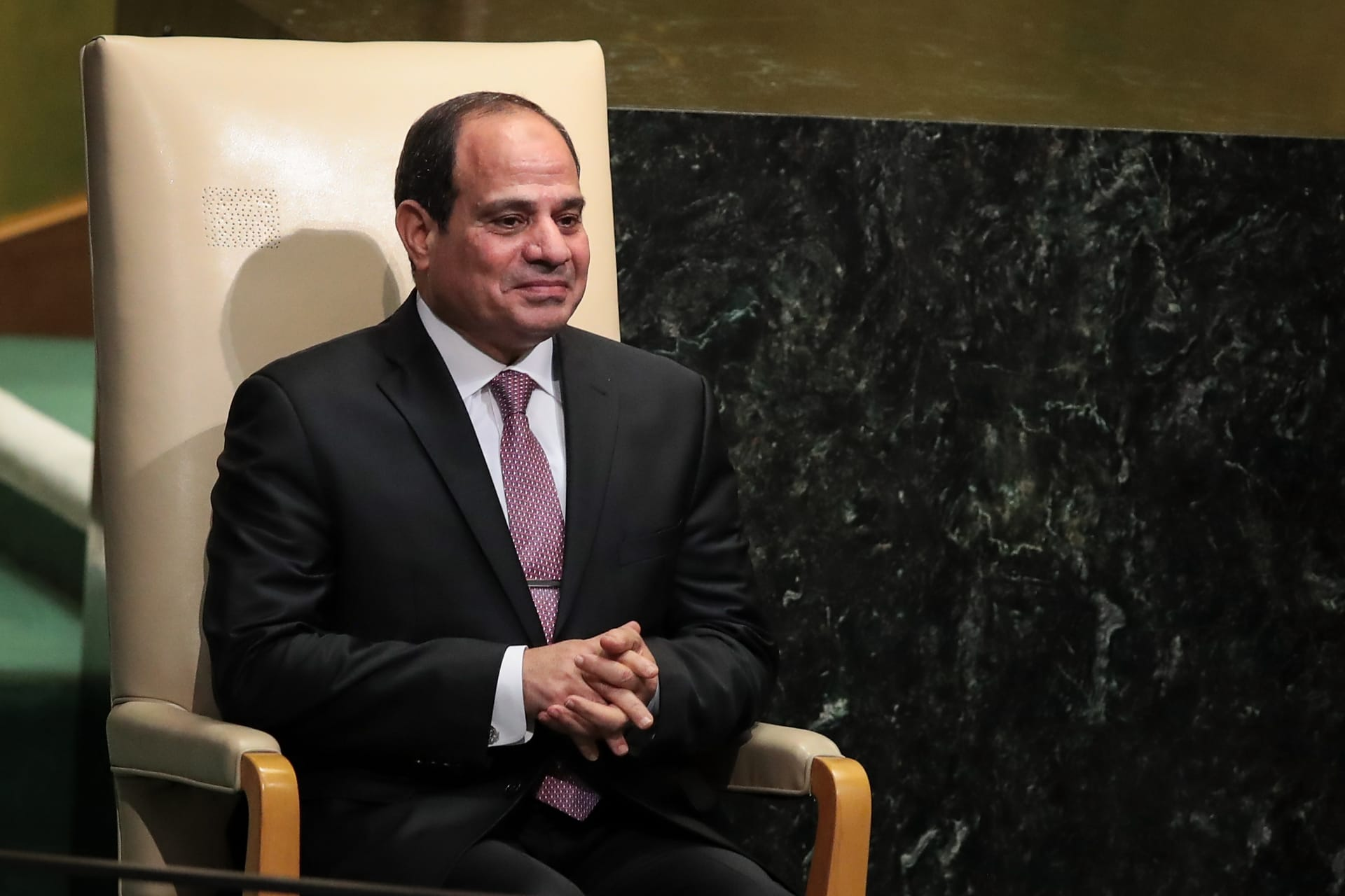 حكومة جديدة في مصر وأبرز مفاجآتها تغيير وزيري الدفاع والداخلية