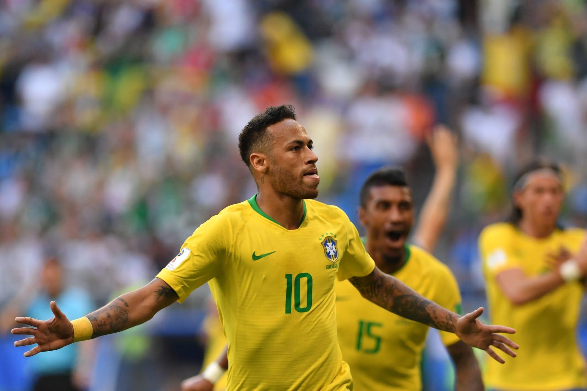 """البرازيل تنجو من """"لعنة الكبار"""" وتصل إلى الدور ربع النهائي"""