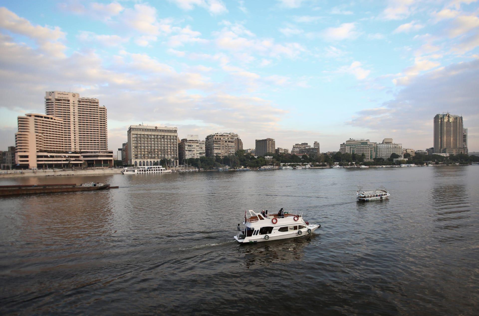 الحكومة المصرية تعرض برنامجها على البرلمان.. ونواب يرجحون حصولها على الثقة