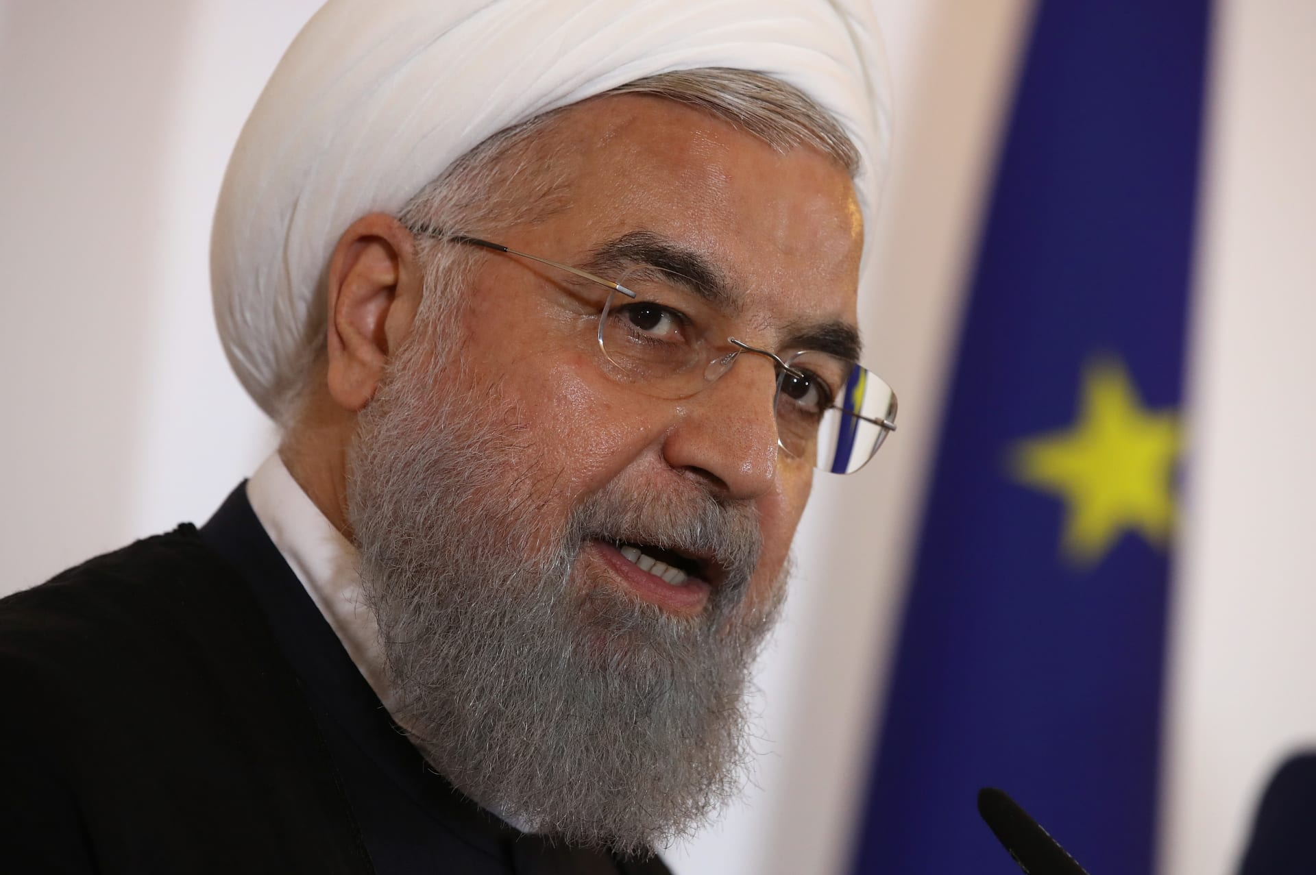 روحاني: لا نثير المشاكل في المضائق لكن لن نتخلى عن حقنا بتصدير النفط بسهولة
