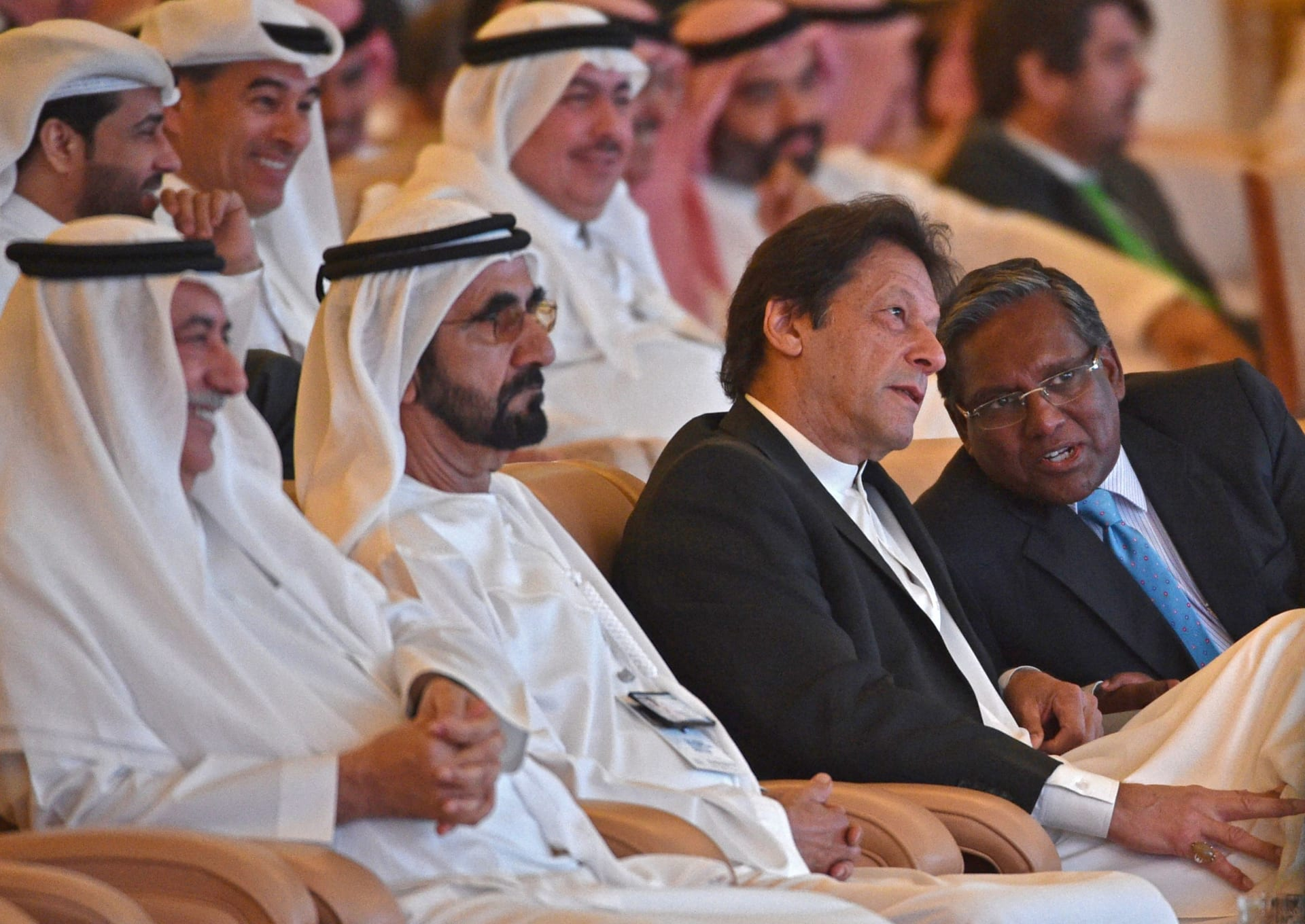 بن راشد خلال المؤتمر السعودي: نعمل مع شركائنا لتطوير رؤى لاقتصاد المستقبل