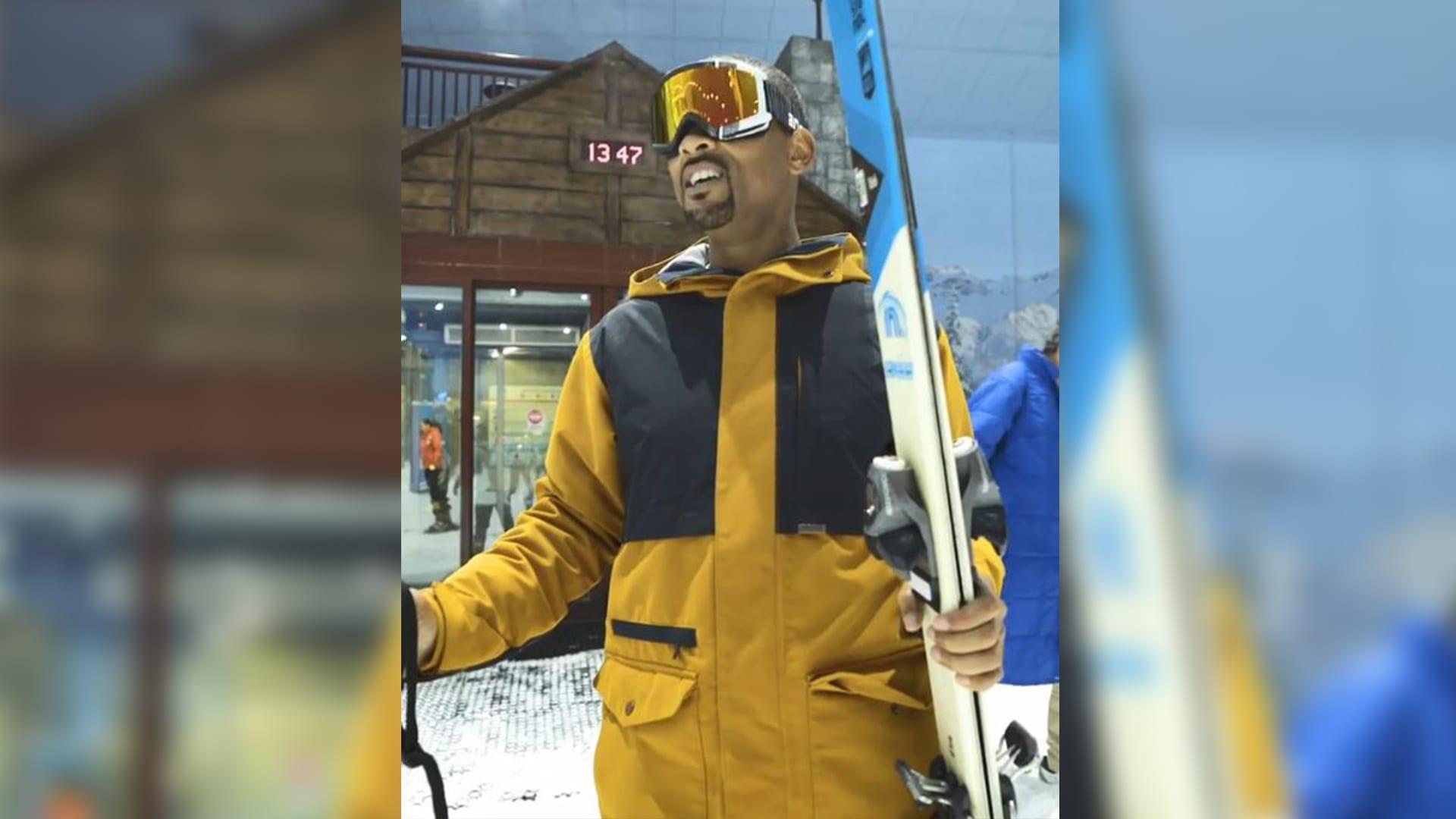 """على أنغام """"أنت معلم"""".. ويل سميث ينبهر بمنتجع التزلج الداخلي في دبي"""