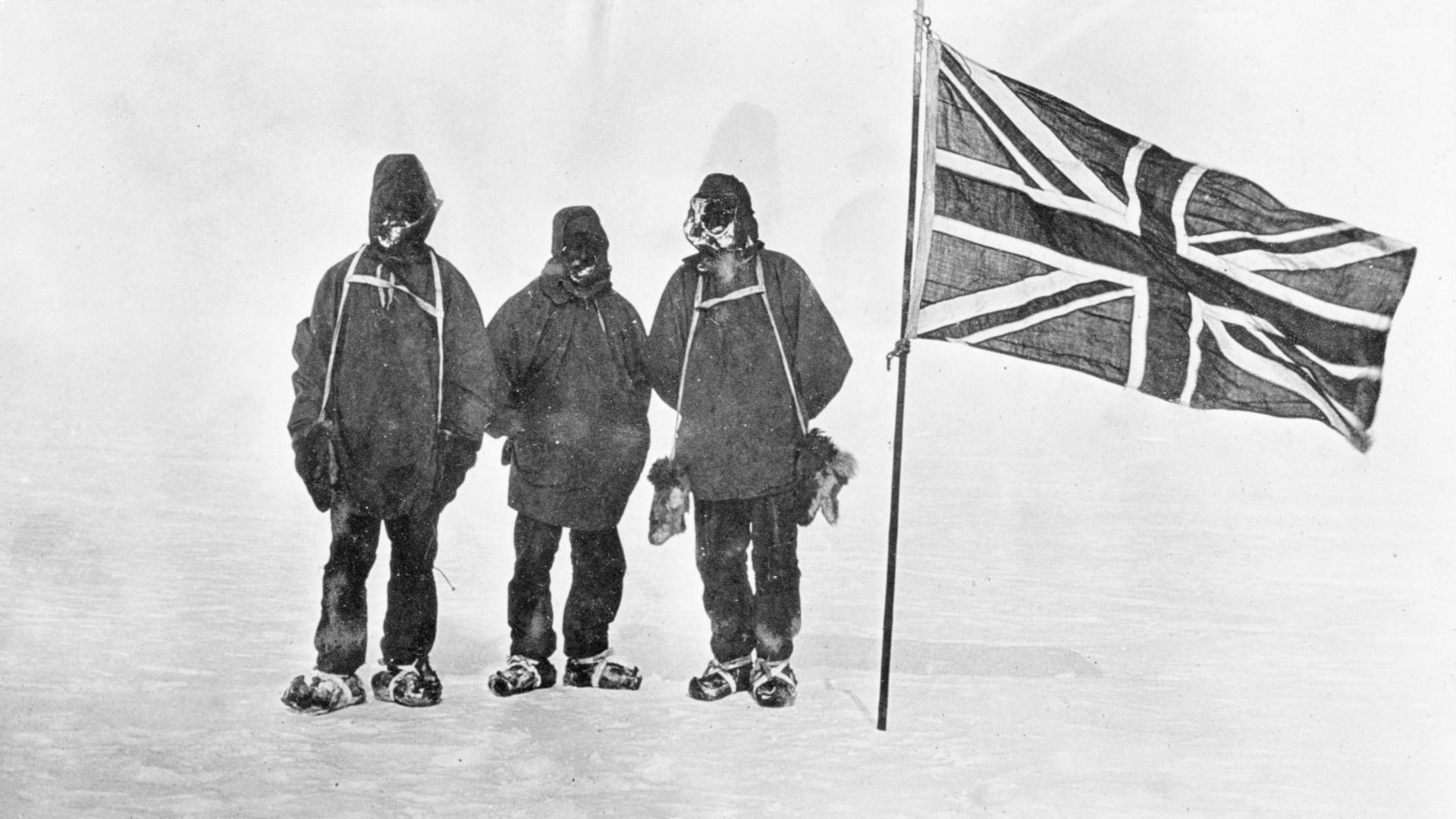 من الماضي والحاضر.. صور تقشعر لها الأبدان من بعثات القارة القطبية الجنوبية