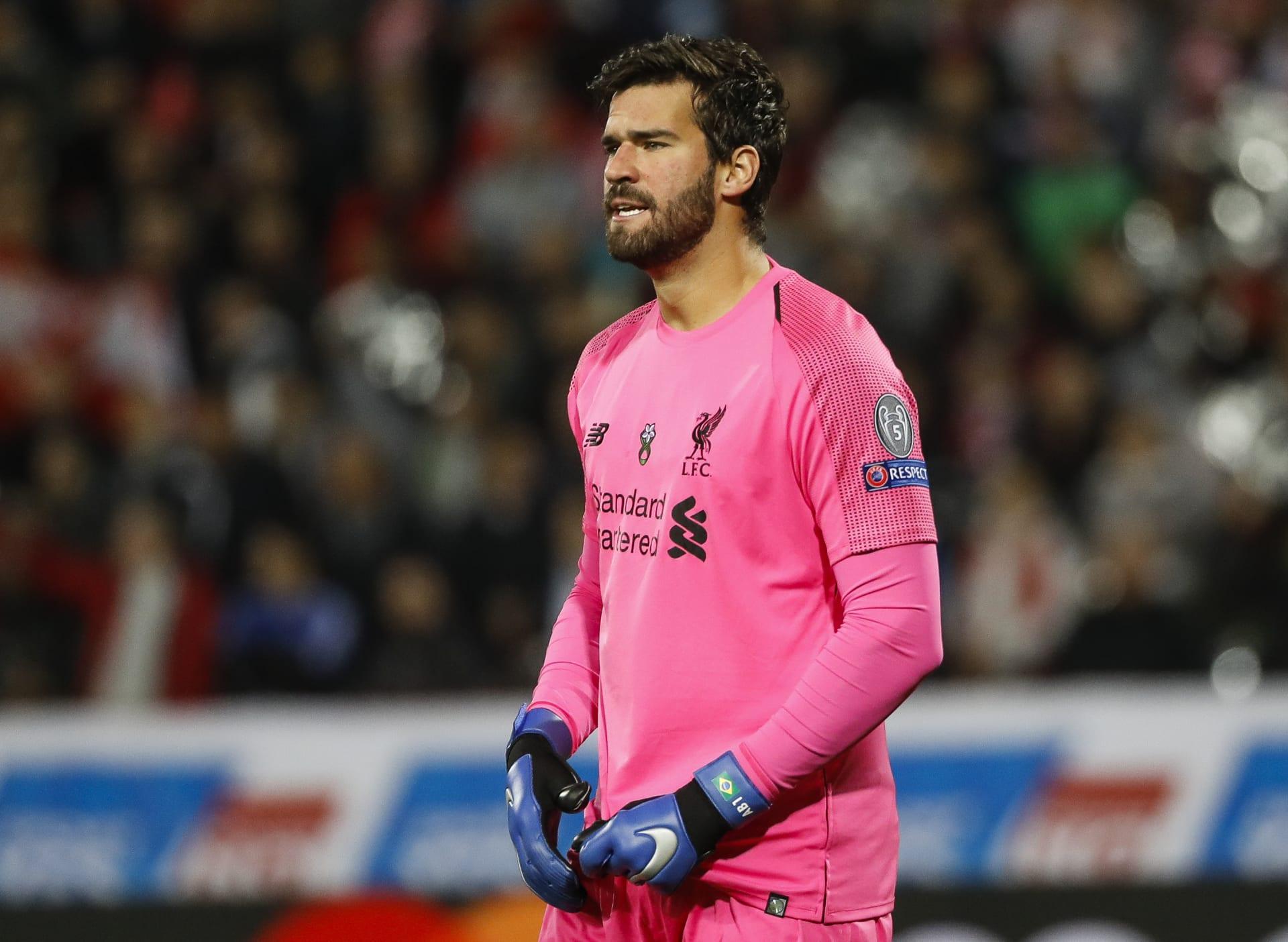 بعد استقدامه من روما.. أليسون يتألق مع ليفربول ويسجل أرقاما جديدة