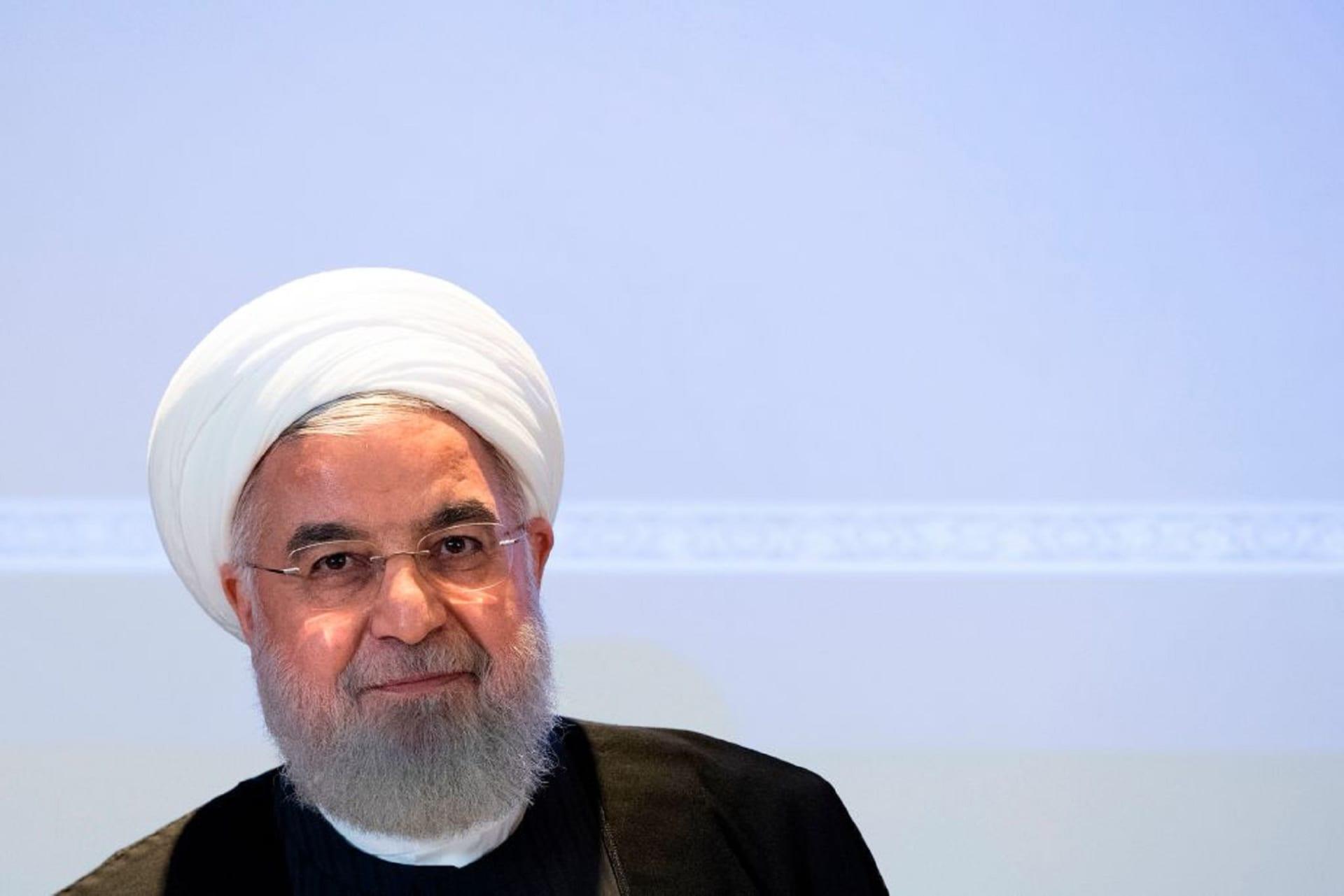 """روحاني: إيران لن تسمح بارتسام البسمة علي شفاه """"العدو"""""""