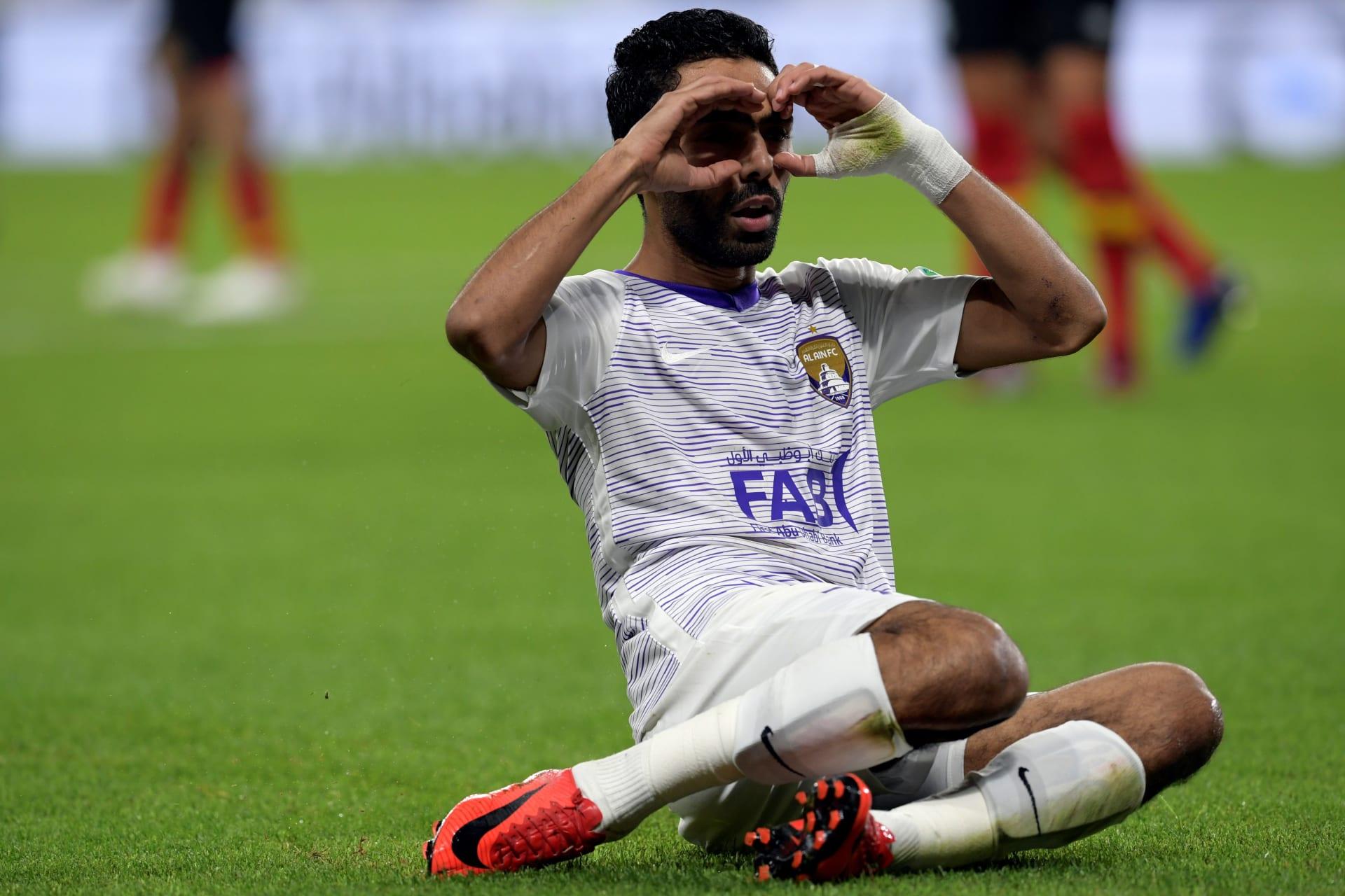 """حركة """"استفزازية"""" من حسين الشحات للاعبي الترجي تثير ضجة بين جماهير الأهلي على تويتر"""