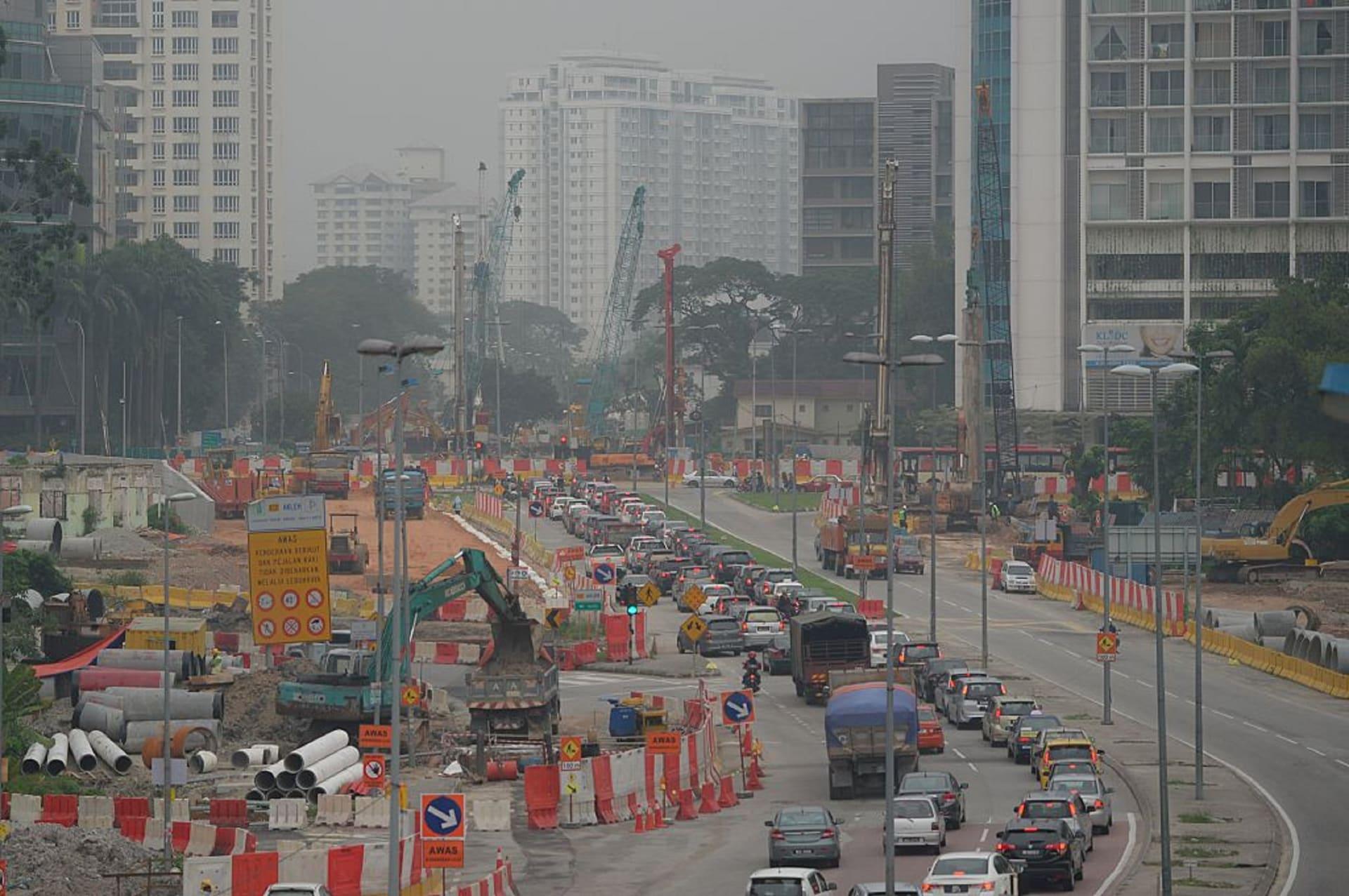 ماليزيا تطالب بـ 3.3 مليار دولار تعويضات من غولدمان ساكس.. فما السبب؟