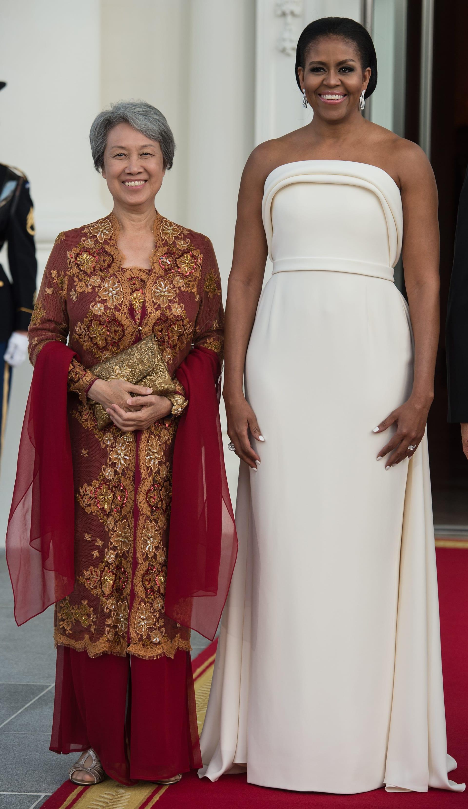 على مدار العام الماضي.. ما الذي تعكسه أزياء ميلانيا ترامب؟