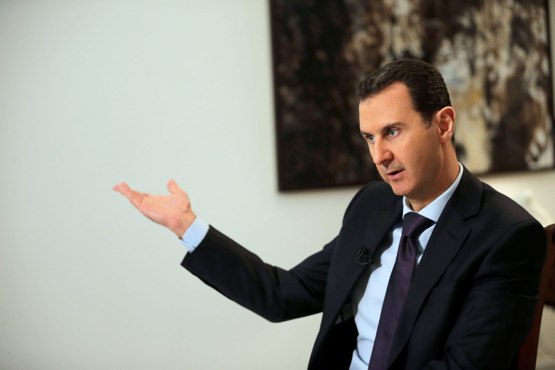 الأسد يتلقى رسالة من رئيس وزراء العراق.. ويؤكد: إرادة الشعوب أقوى من المخططات الخارجية