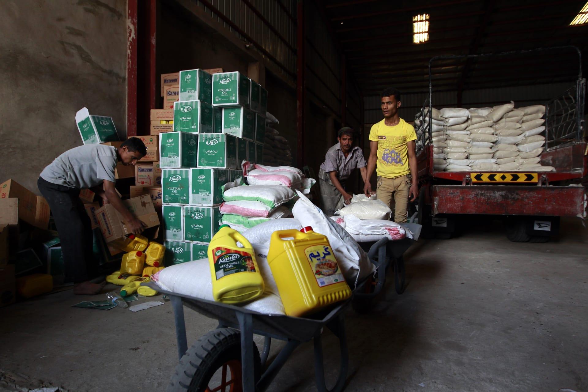 برنامج الأغذية العالمي: المساعدات الإنسانية تُسرق في مناطق الحوثيين