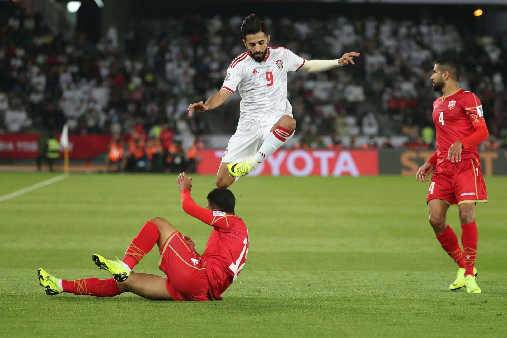 """الإمارات تخطف تعادلا """"ثمينا"""" من البحرين في افتتاح كأس آسيا"""