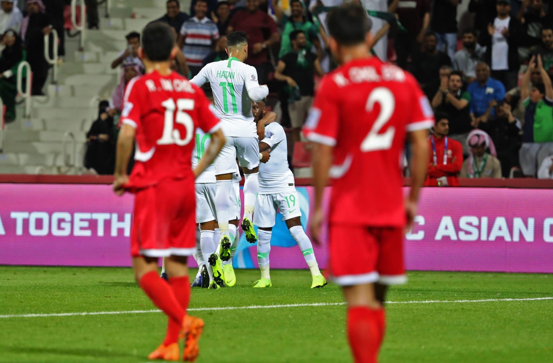 السعودية تسحق كوريا الشمالية بثلاثية وتتصدر قبل مباراة قطر ولبنان