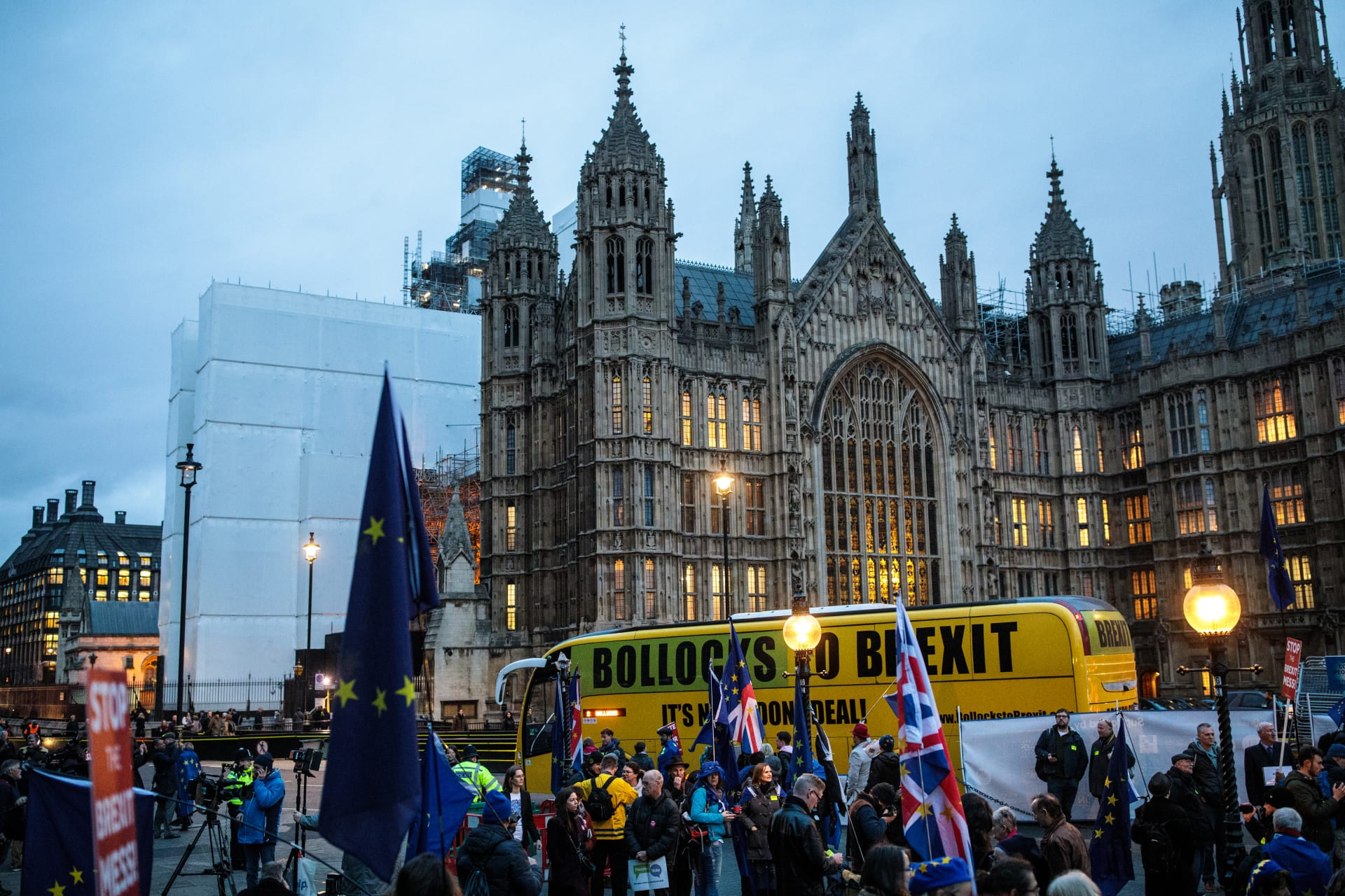 """الجنيه الاسترليني يستعيد عافيته بعد رفض البرلمان البريطاني لـ""""بريكست"""""""