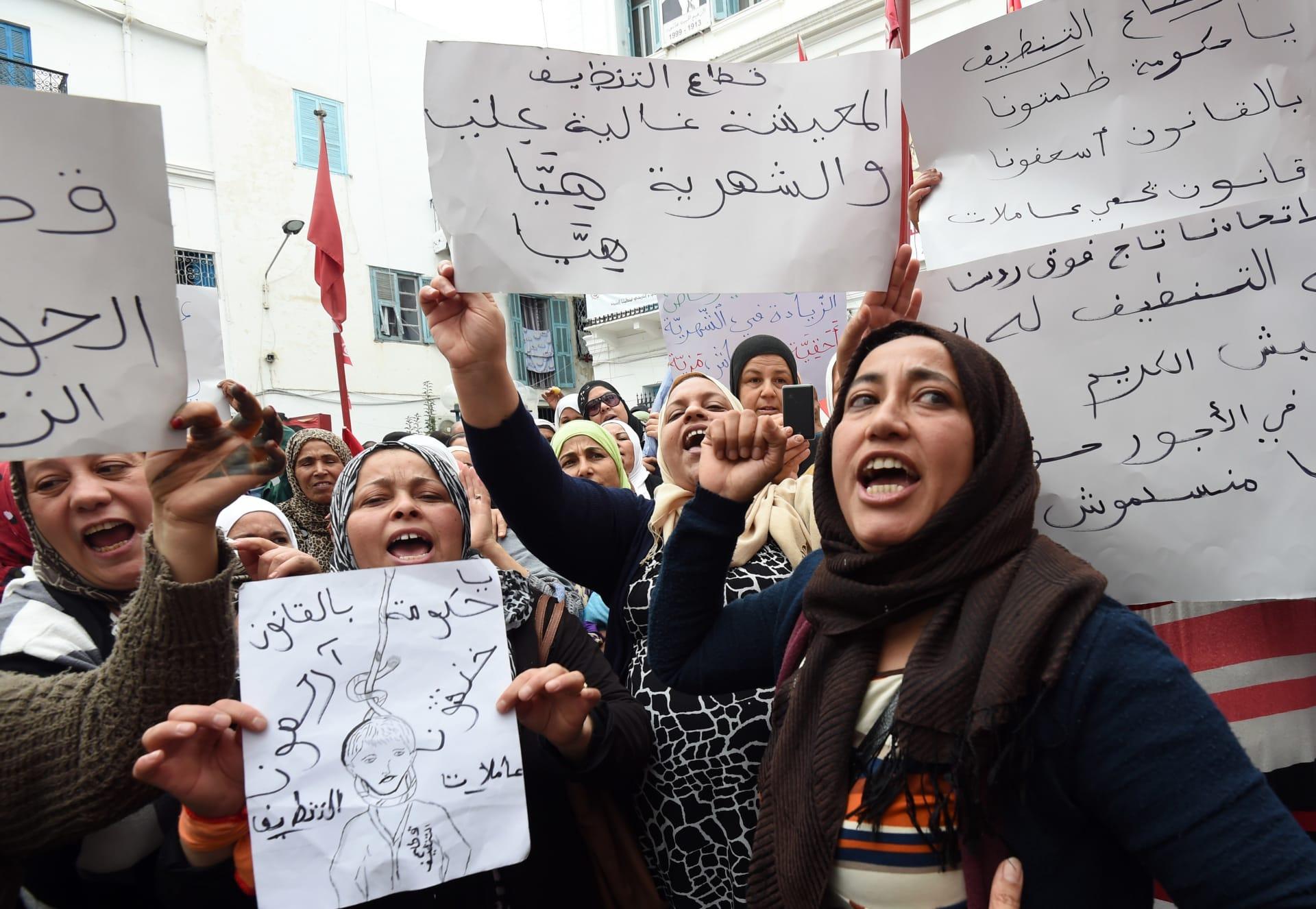 تونس تدخل في إضراب عام.. والشاهد: كلفته كبيرة على البلاد
