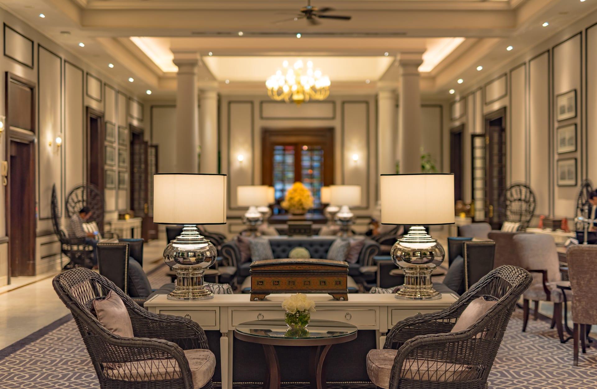 من هم الضيوف الذين زادوا من شهرة هذه الفنادق؟