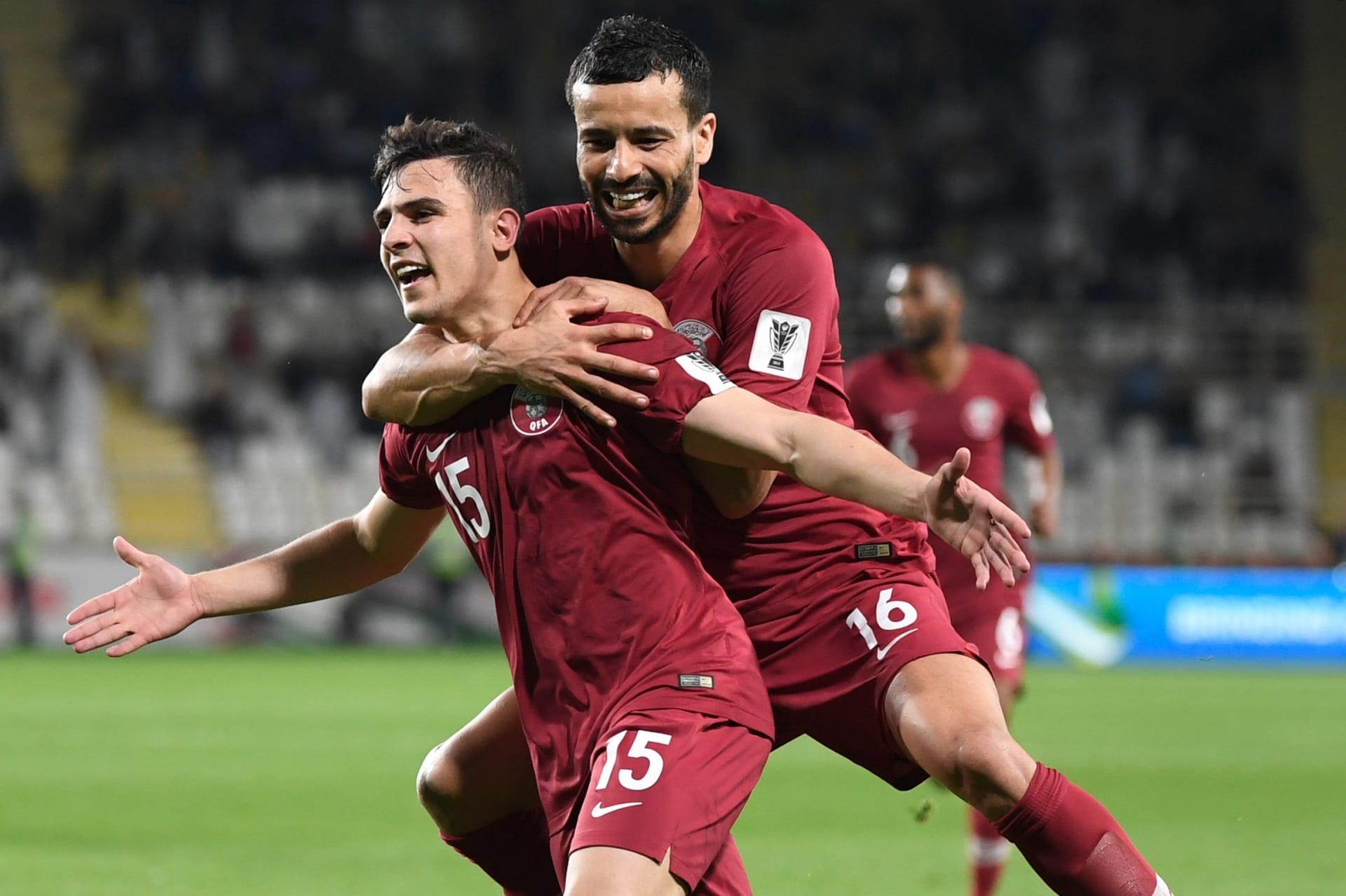 قطر تتفوق على العراق بأقدام لاعب من أصول عراقية.. وتضرب موعدا مع كوريا الجنوبية