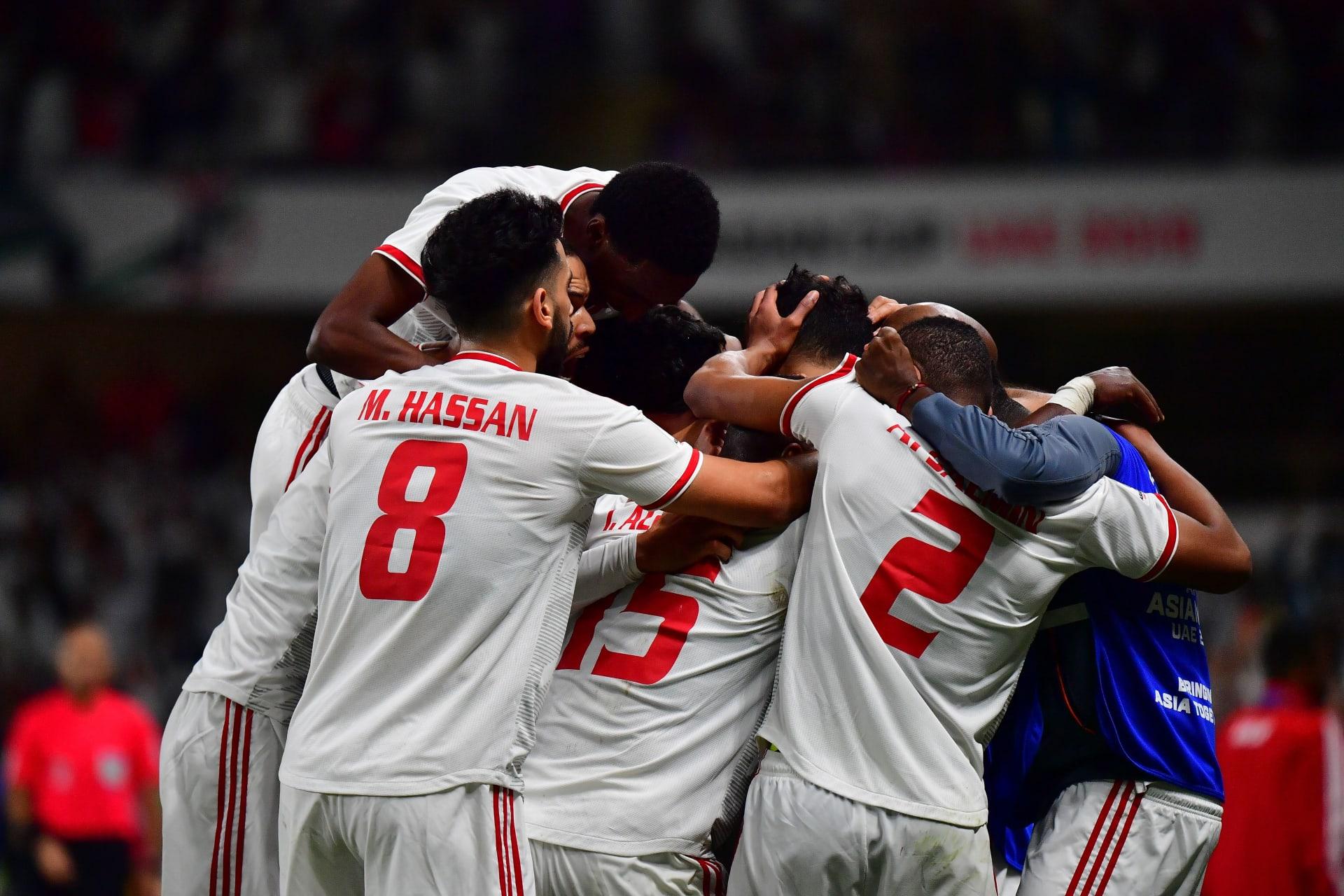"""الإمارات """"تثأر"""" من أستراليا وتضرب موعدا مع قطر في نصف النهائي"""