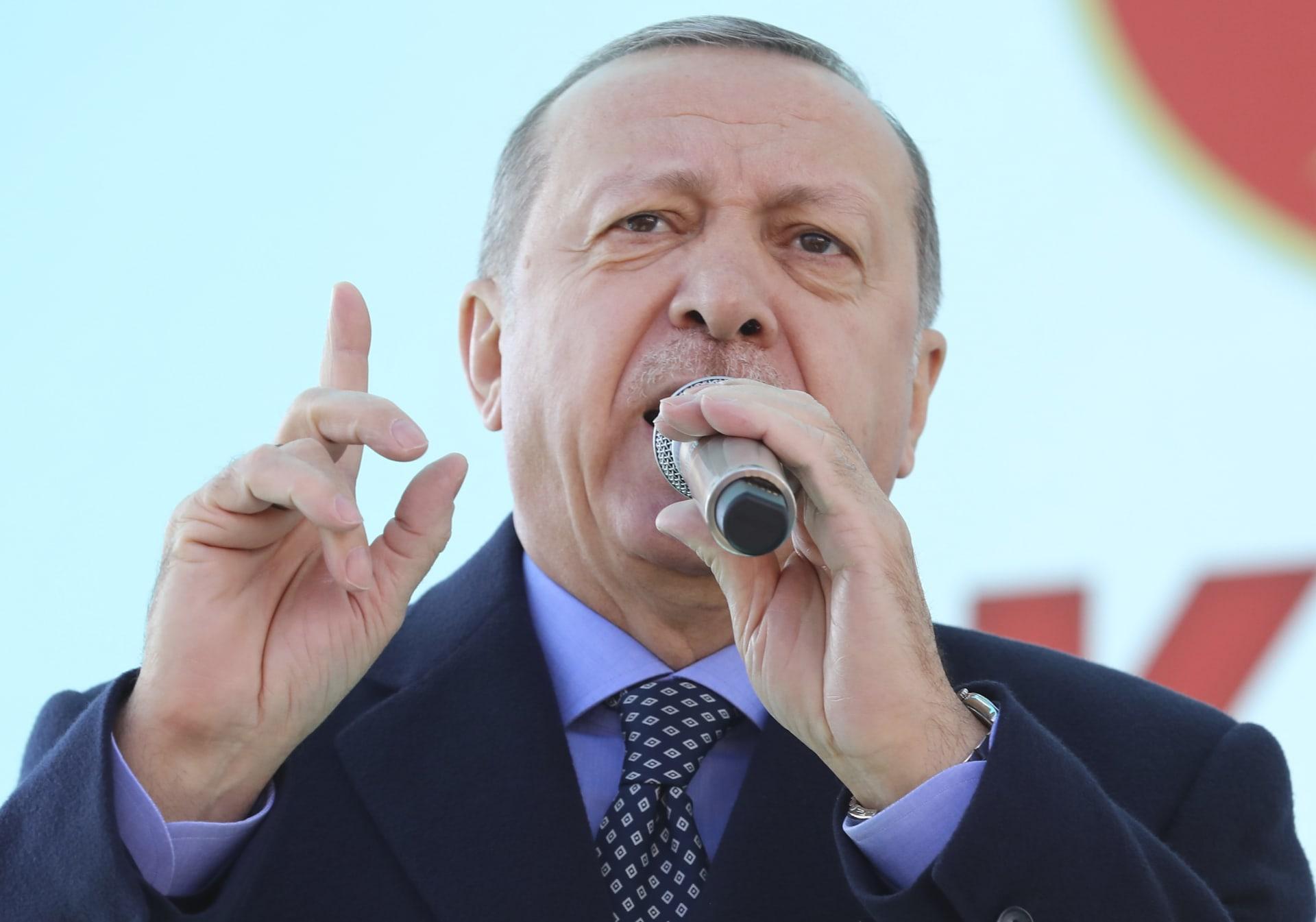 """أردوغان يربط صفقة """"إس-400"""" بحرية تحركات تركيا في سوريا"""