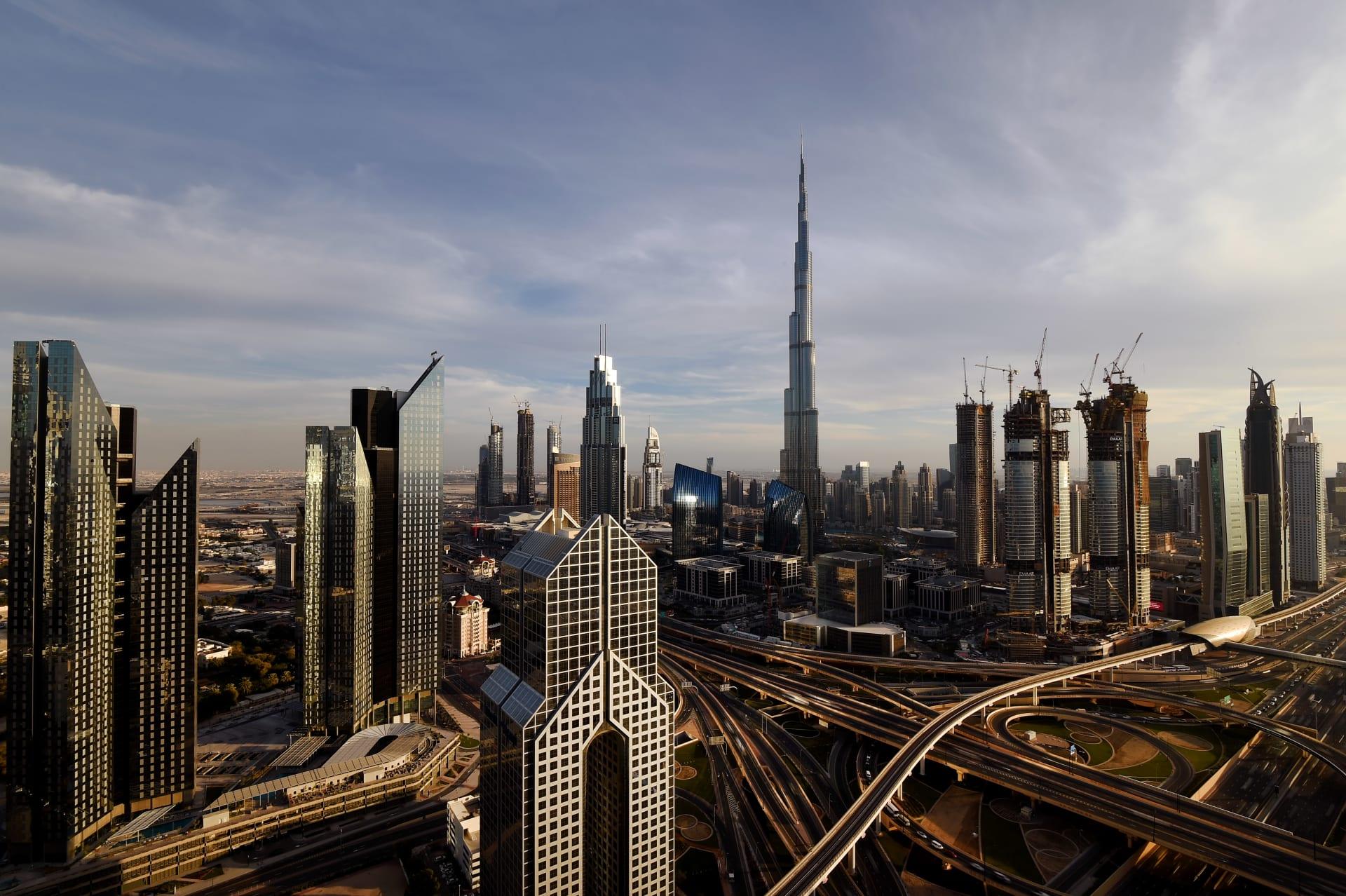 في دبي.. إطلاق كاميرات ذكية تقيس مؤشر سعادة المتعاملين
