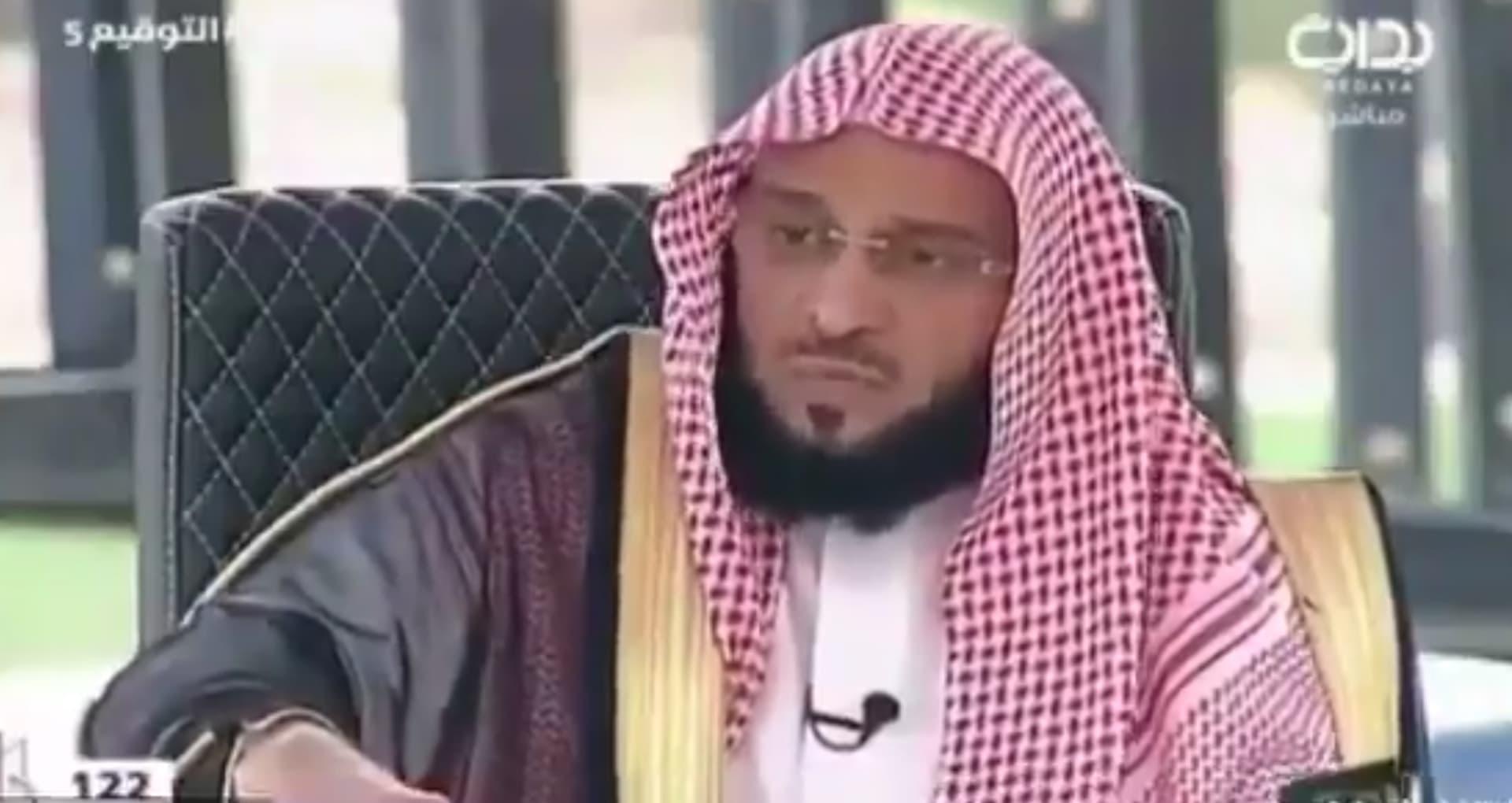 """القرني يدافع عن """"صحيح بخاري"""" مجددا.. ويرد على استدلال داعش به"""