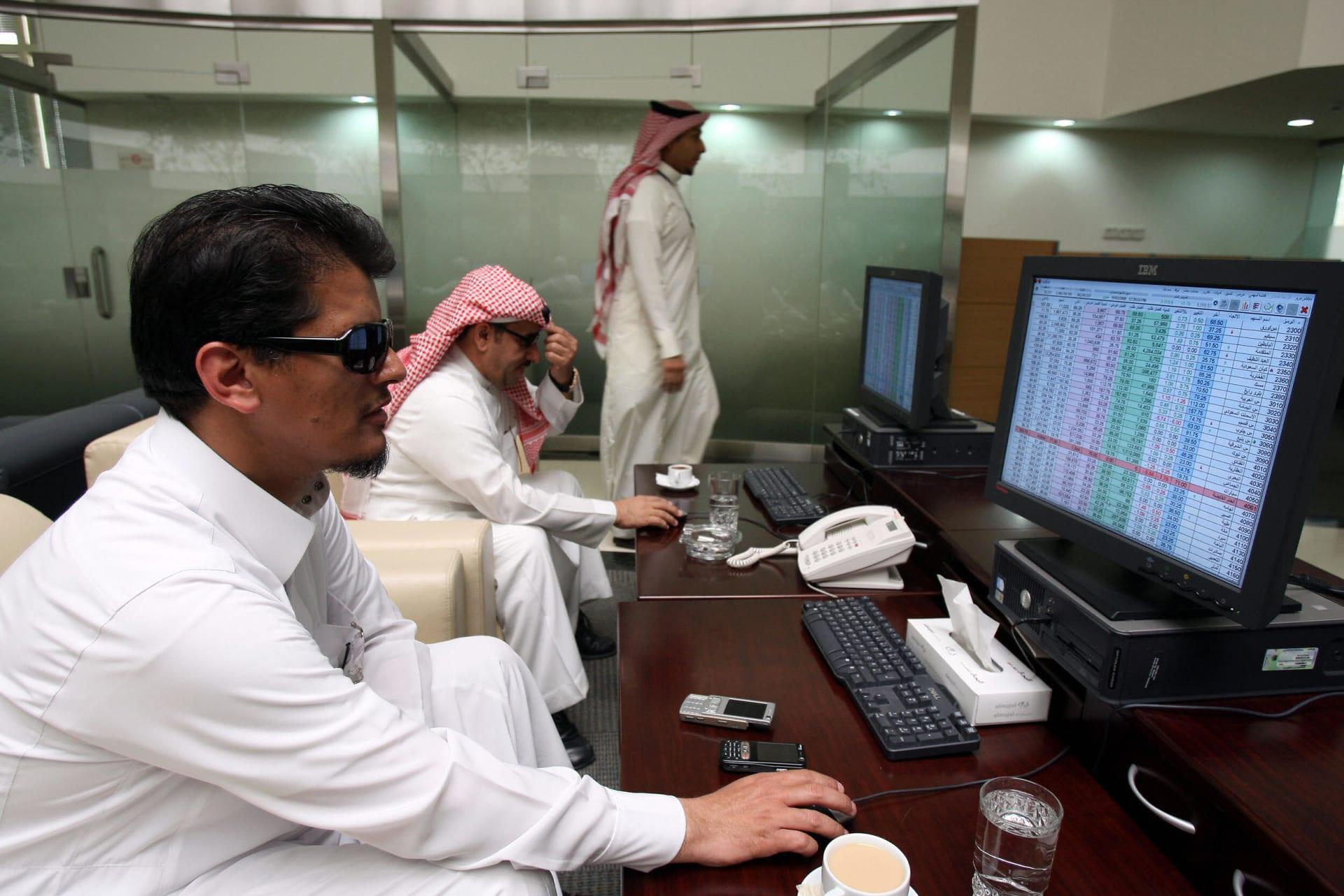 الأسهم السعودية تنضم لمؤشرات الأسواق الناشئة.. وخبيران يشرحان لـ CNN