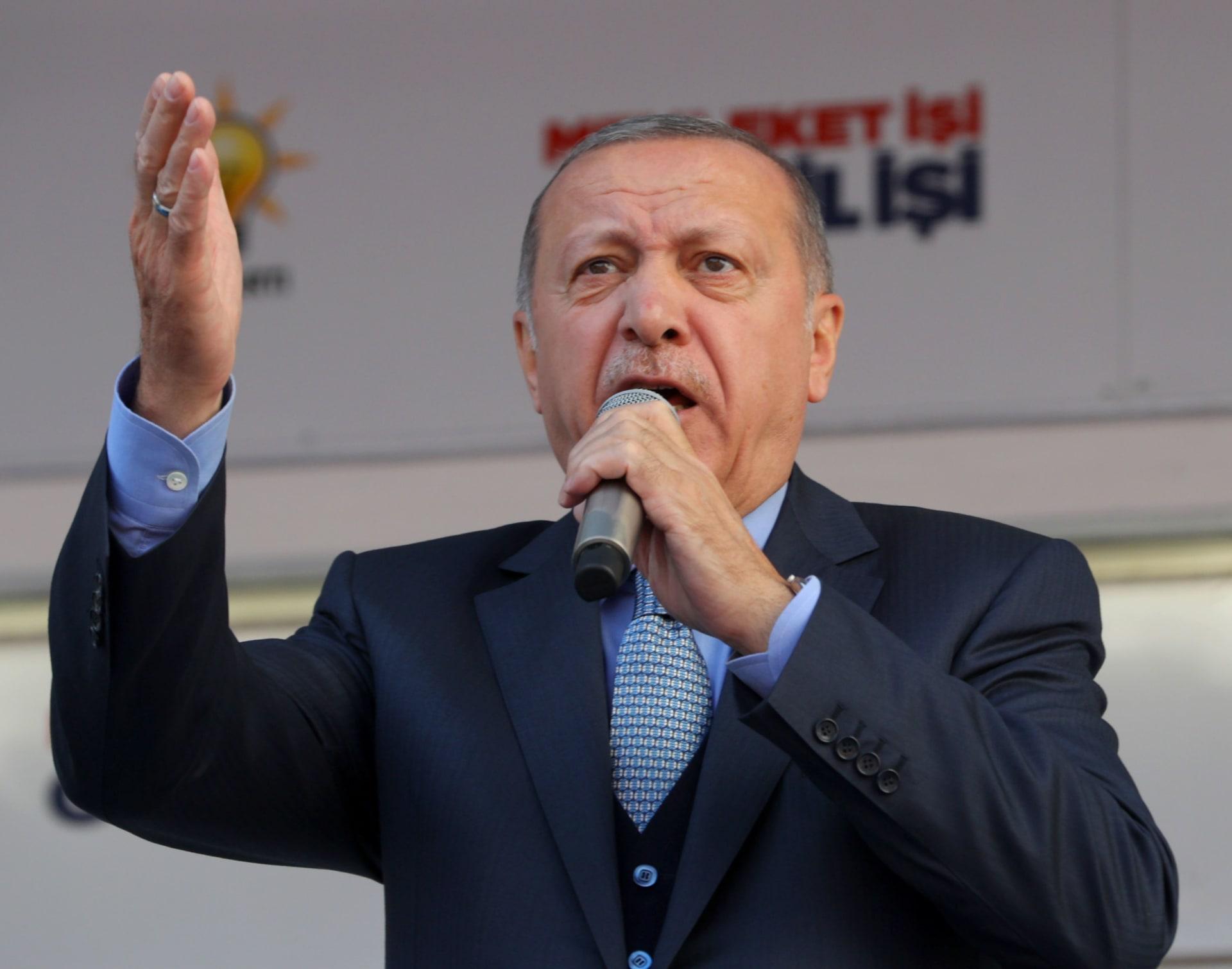 عبد الرحمن بن مساعد: لا يجب أخذ مواقف أردوغان على محمل الجد