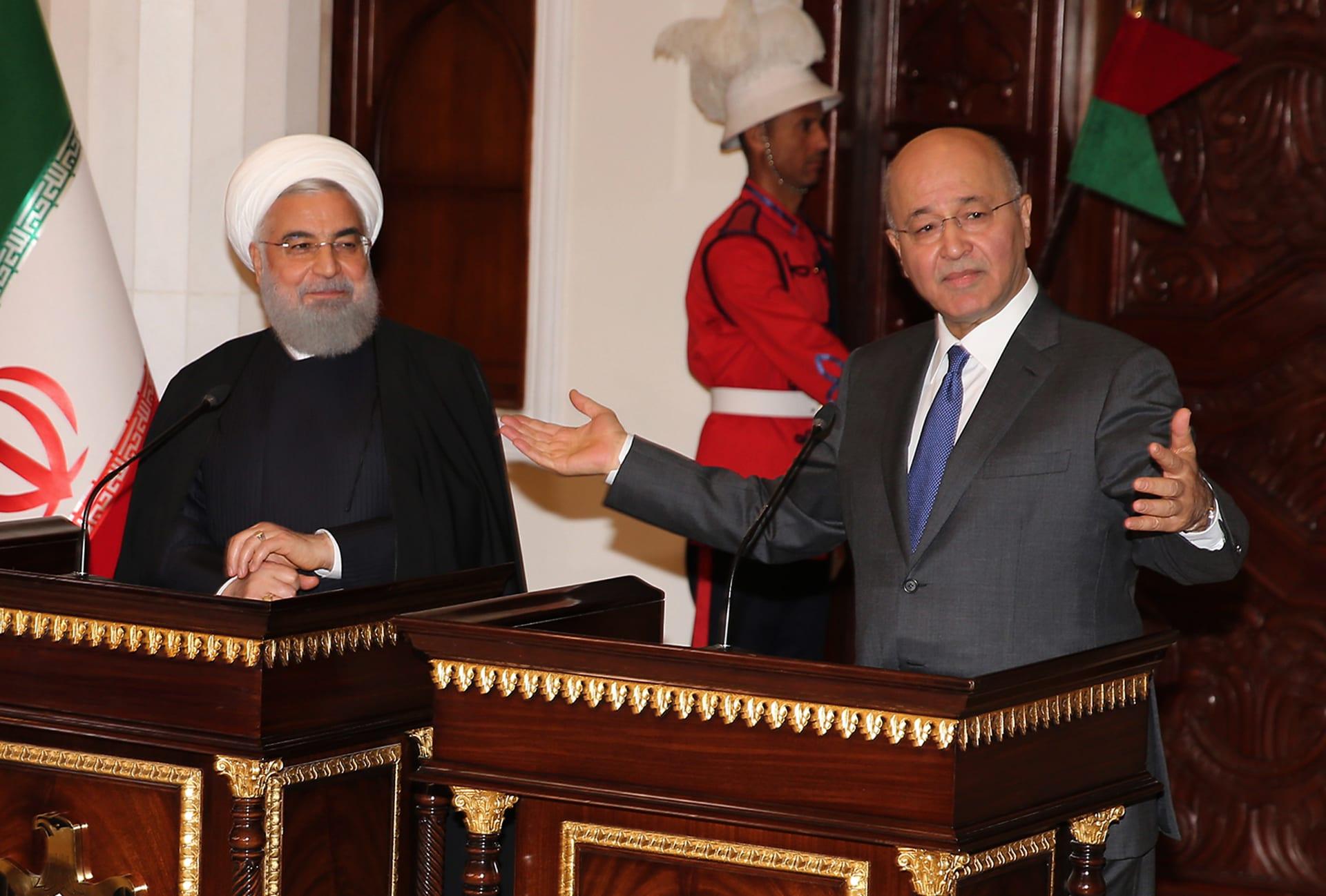 العراق وإيران توقعان اتفاقيات في مجال النفط والكهرباء
