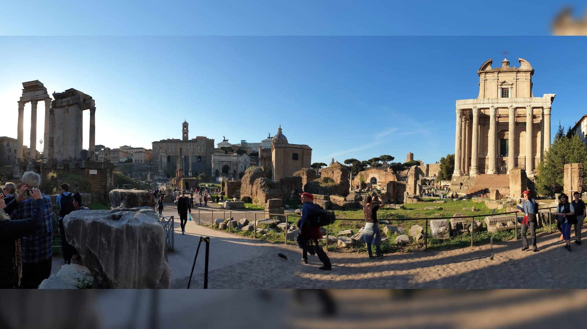 أجمل الأماكن التي يمكنك زيارتها في روما - المنتدى الروماني