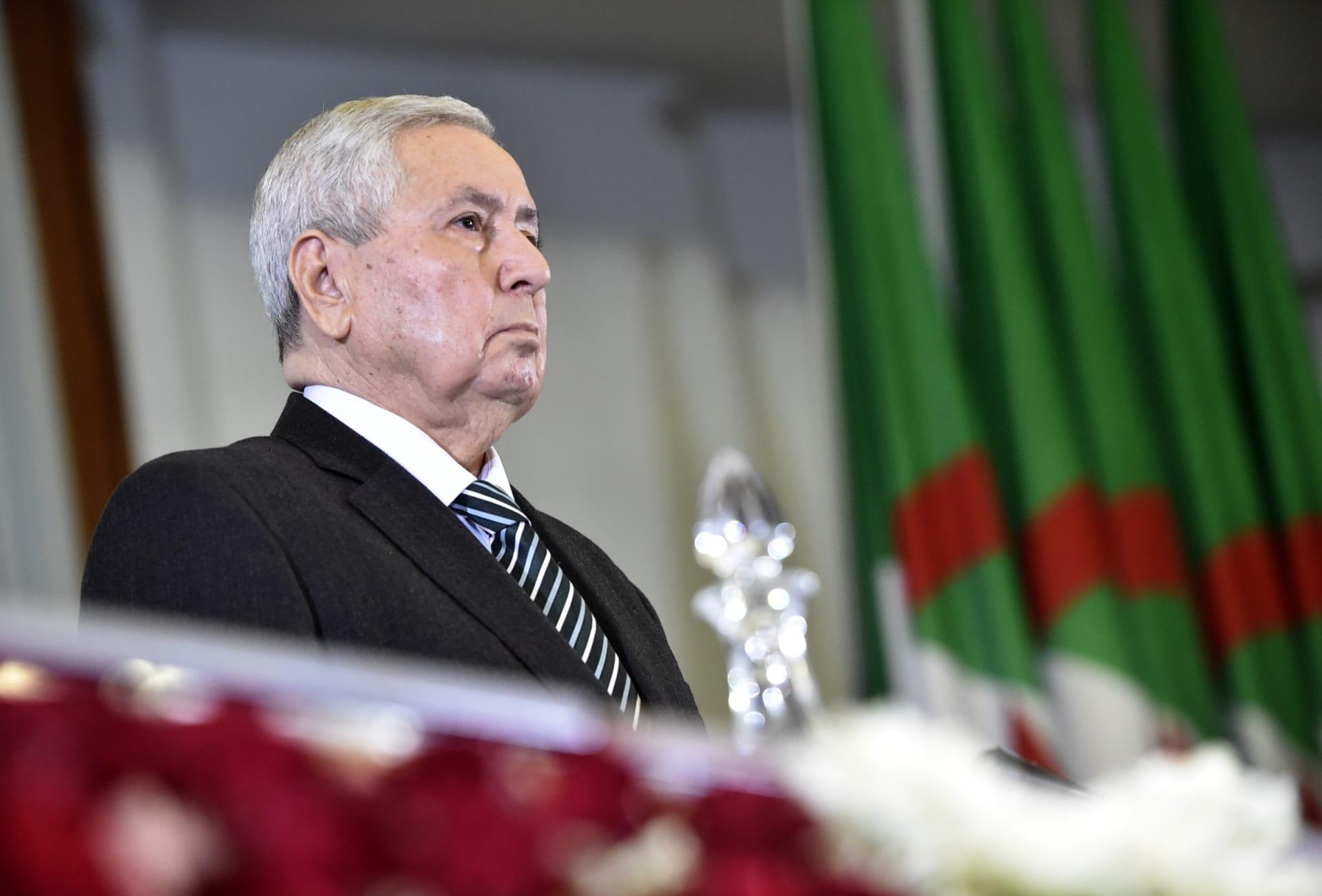 بن صالح يحدد موعد الانتخابات الرئاسية في الجزائر
