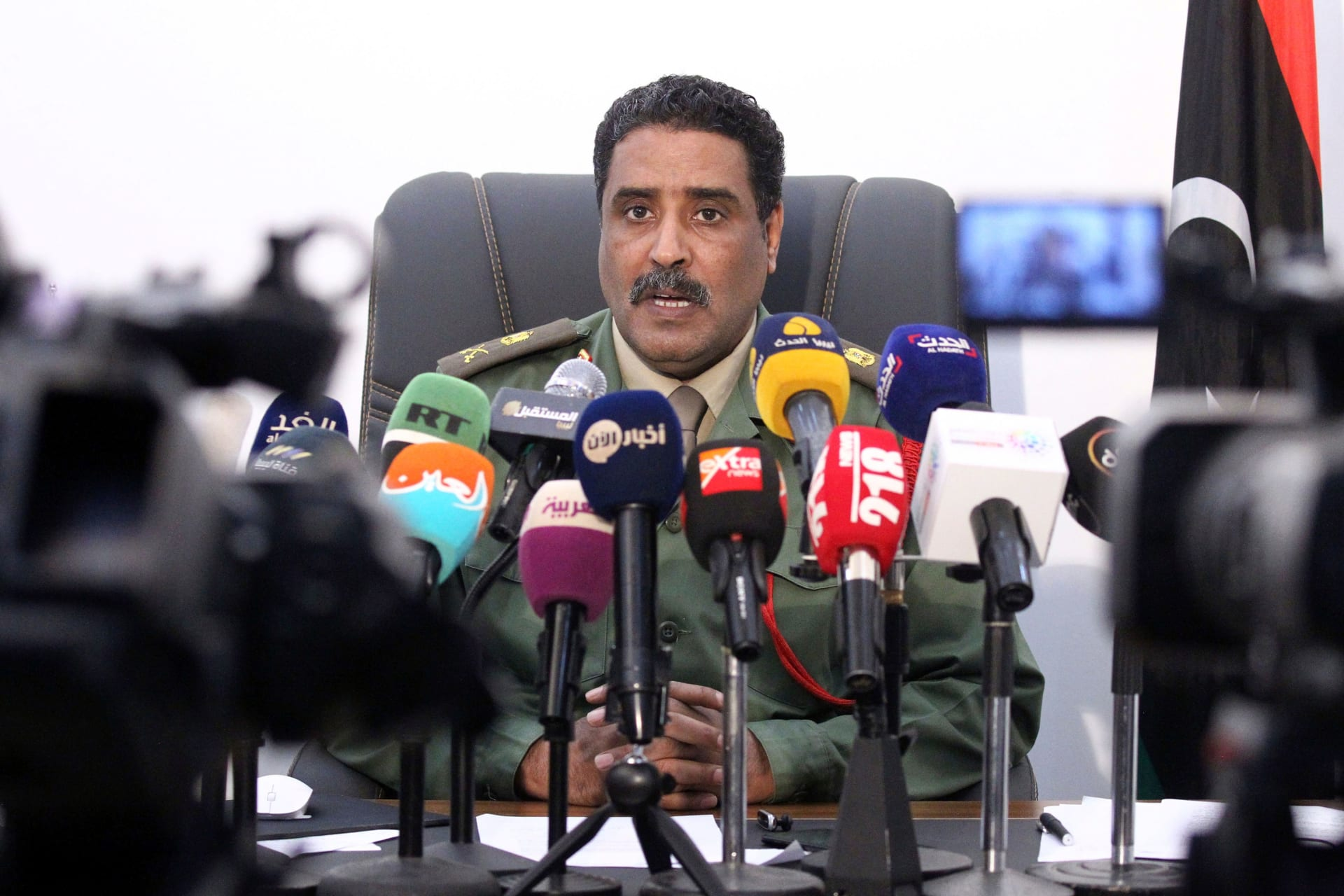 المتحدث باسم قوات حفتر: قطر تدعم الإرهاب ومرحلتها في ليبيا انتهت