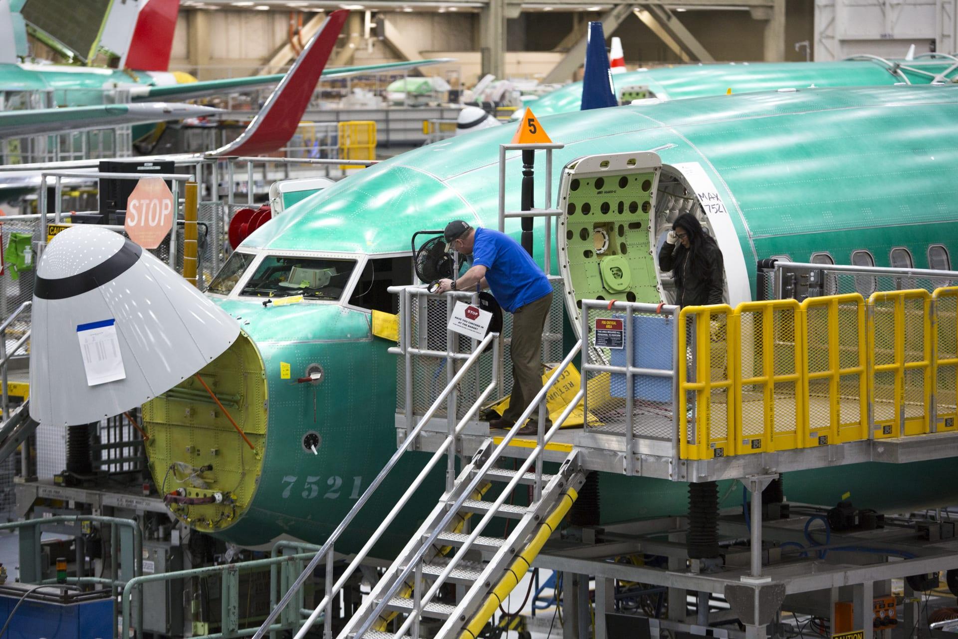 """خبراء من 9 هيئات طيران أجنبية يختبرون تعديلات """"بوينغ ماكس 737"""""""