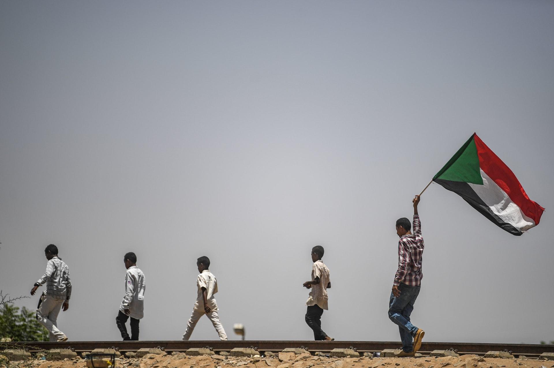 المجلس العسكري الانتقالي بالسودان: ملتزمون بالتفاوض ولا فوضى بعد اليوم