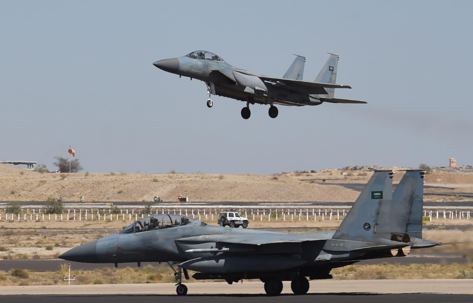 البنتاغون: السعودية والإمارات تبدآن بسداد كلفة تزويد طائراتهما بالوقود الإضافي في اليمن