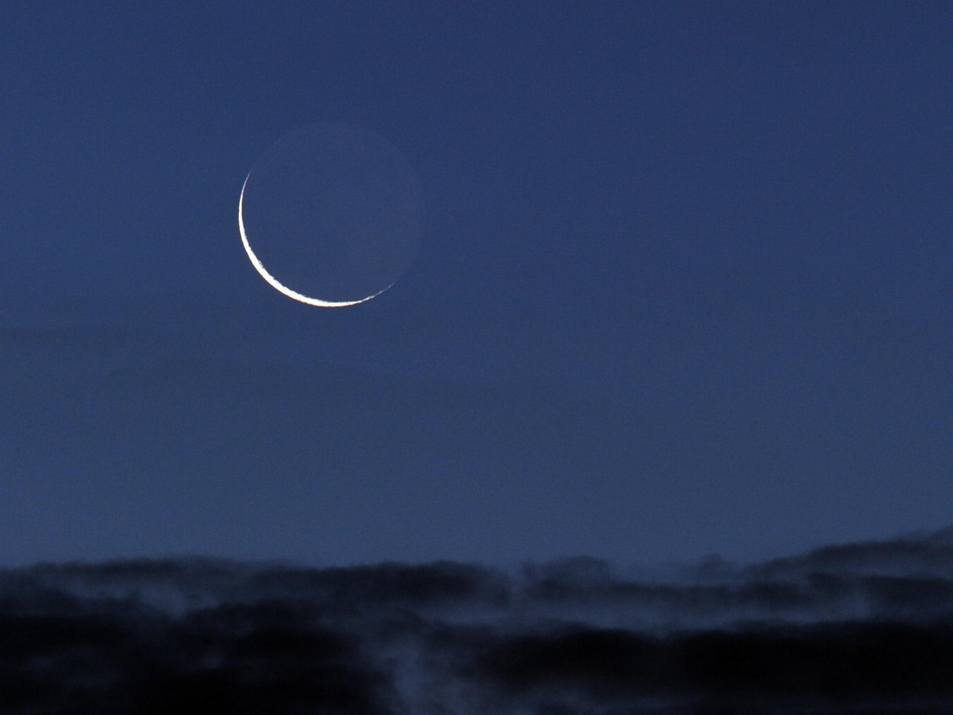 تركيا وقطر تحددان أول أيام شهر رمضان.. وجلسة ترائي أخرى في السعودية