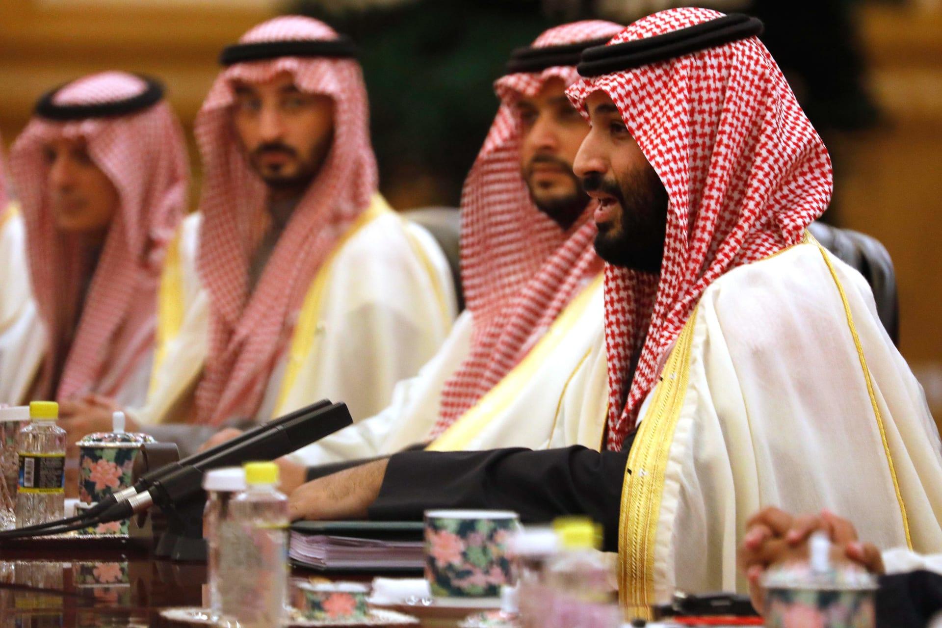 بعد أن تكفل ولي العهد بعلاجه.. نقل الطفل اليمني المصاب بورم خبيث إلى الرياض