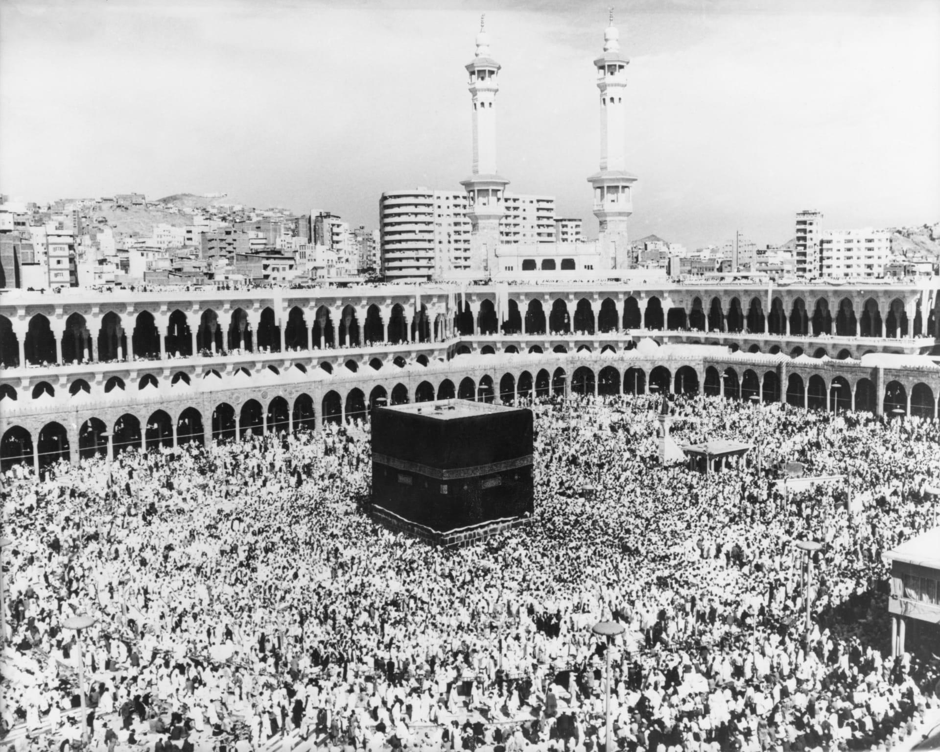 """مسلسل سعودي يعيد للأذهان حادثة """"اقتحام الحرم المكي"""" ويشعل تويتر"""