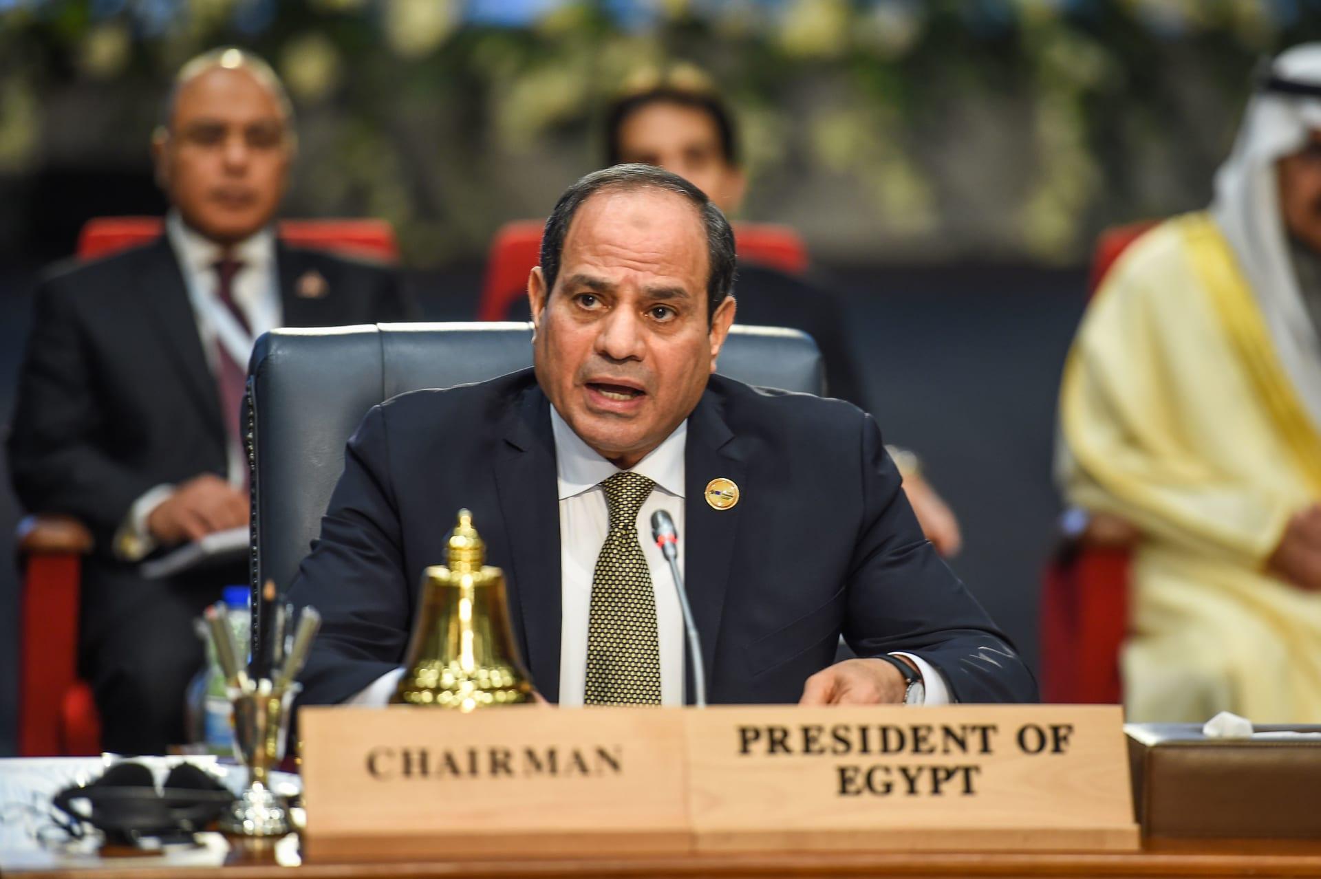 السيسي يناقش خطة الحكومة المصرية للتحول الرقمي ويطالب بالإسراع في تنفيذها