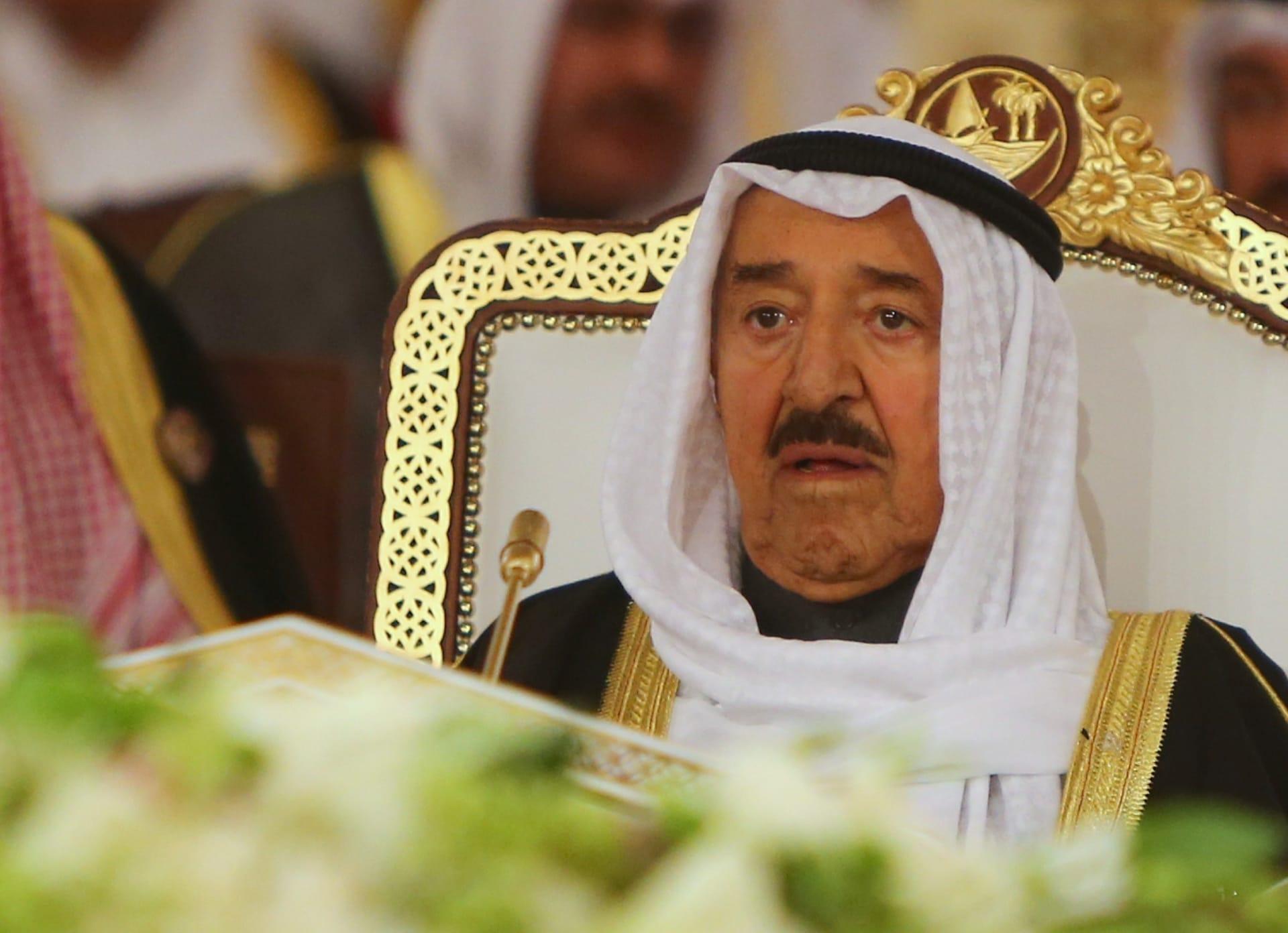 """أمير الكويت محذرا من الواقع """"المرير"""" في المنطقة: يجب أخذ الحيطة والحذر"""