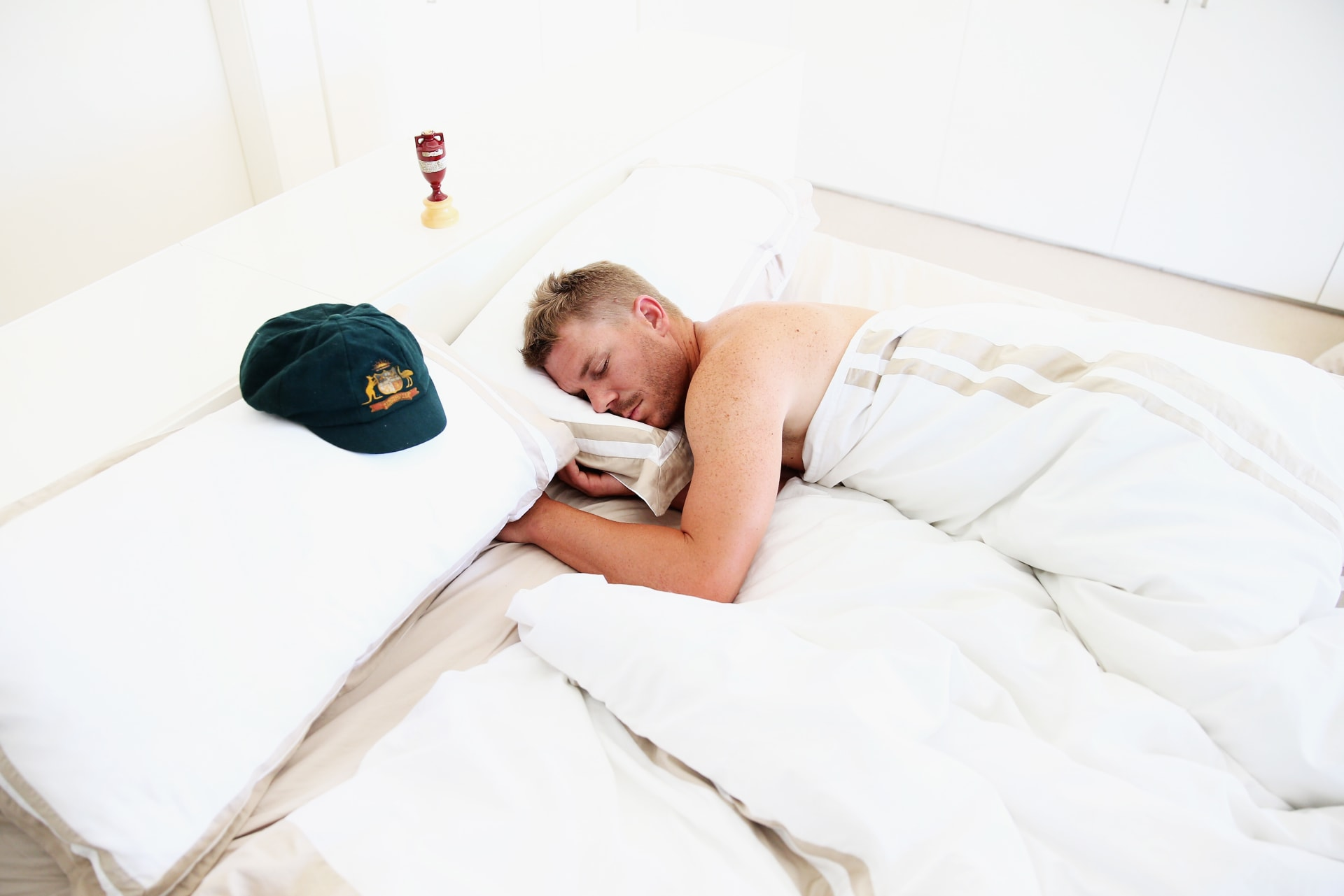 9 افتراضات خاطئة وغير صحية بعادات النوم