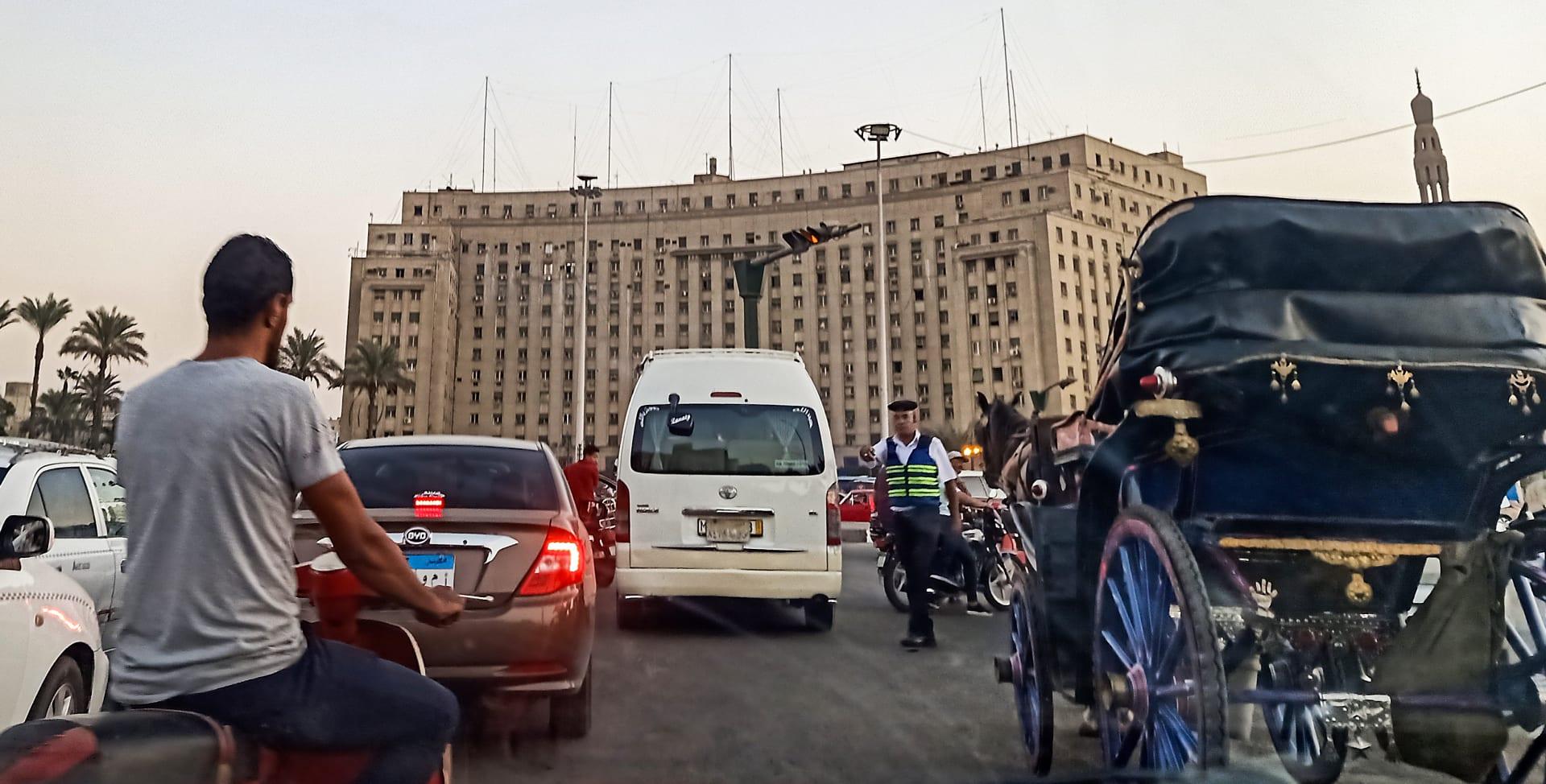 حقوقيون: الحبس 15 يوما لنشطاء مصريين بتهمة نشر أخبار كاذبة