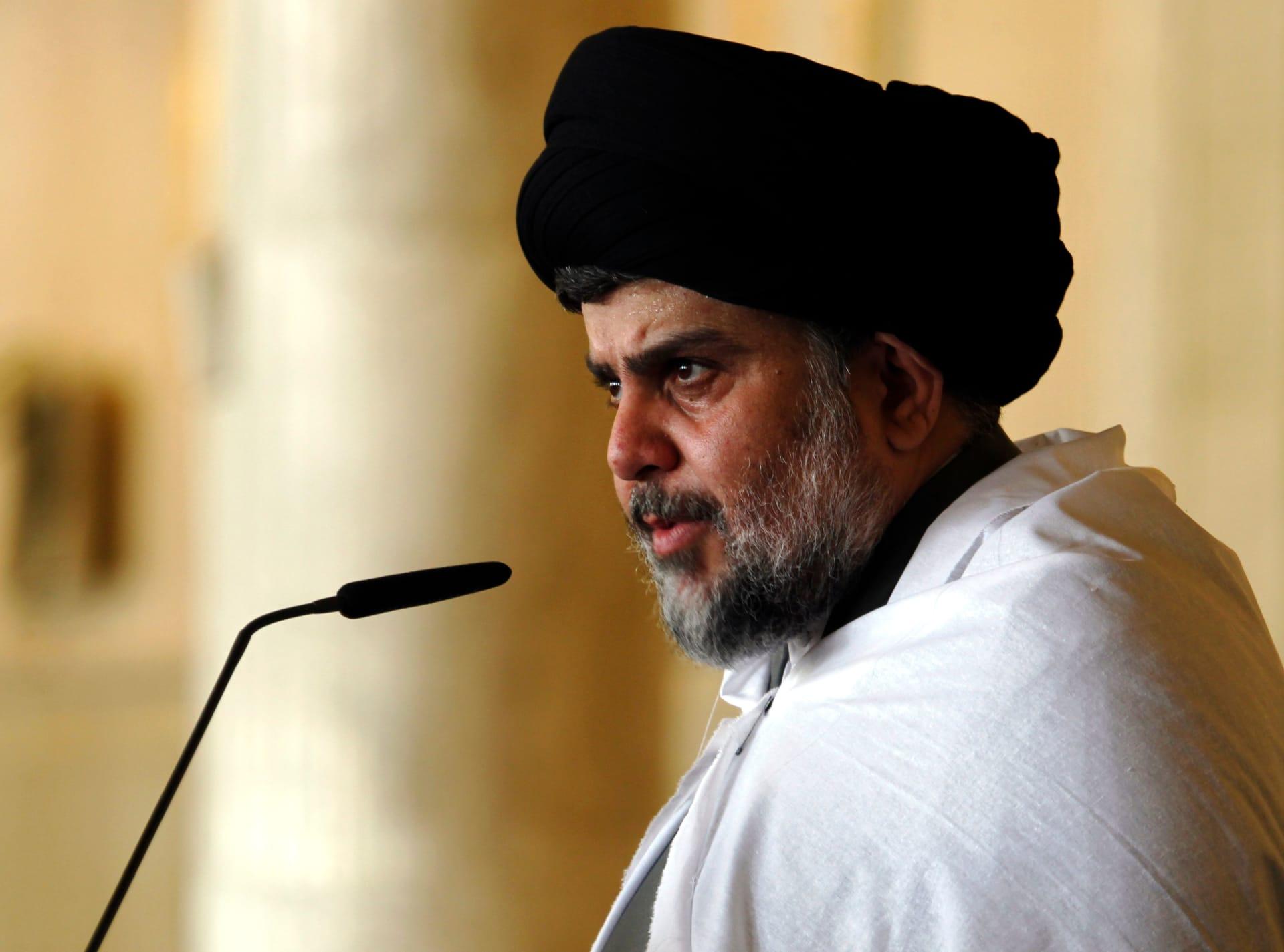 مقتدى الصدر: علي الرئاسات الثلاث فتح تحقيق عادل في أحداث ساحة التحرير
