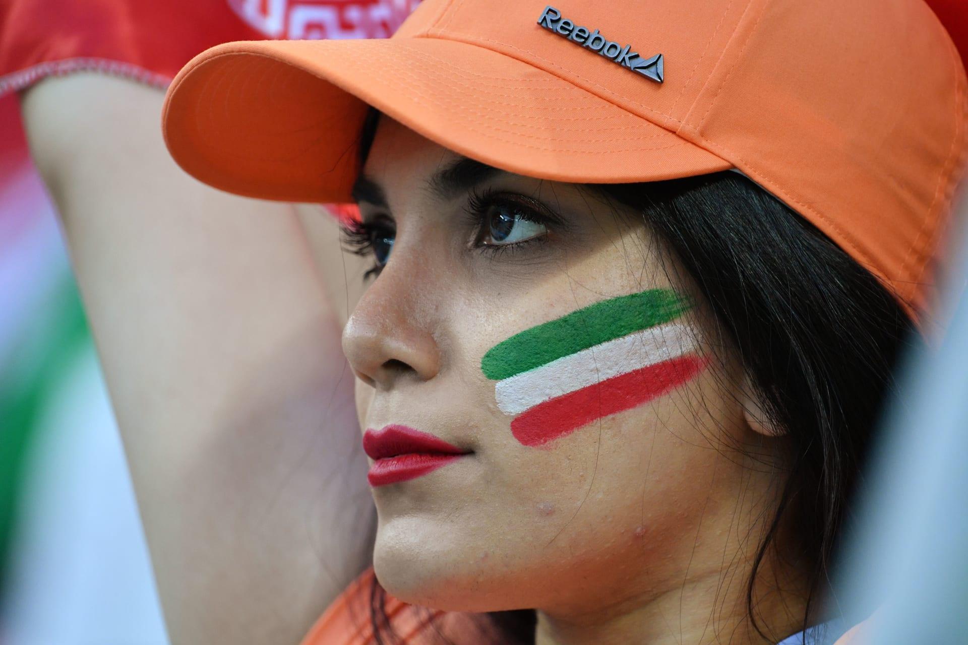 الخميس.. الإيرانيات في مدرجات تشجيع منتخب بلادهن لكرة القدم للمرة الأولى