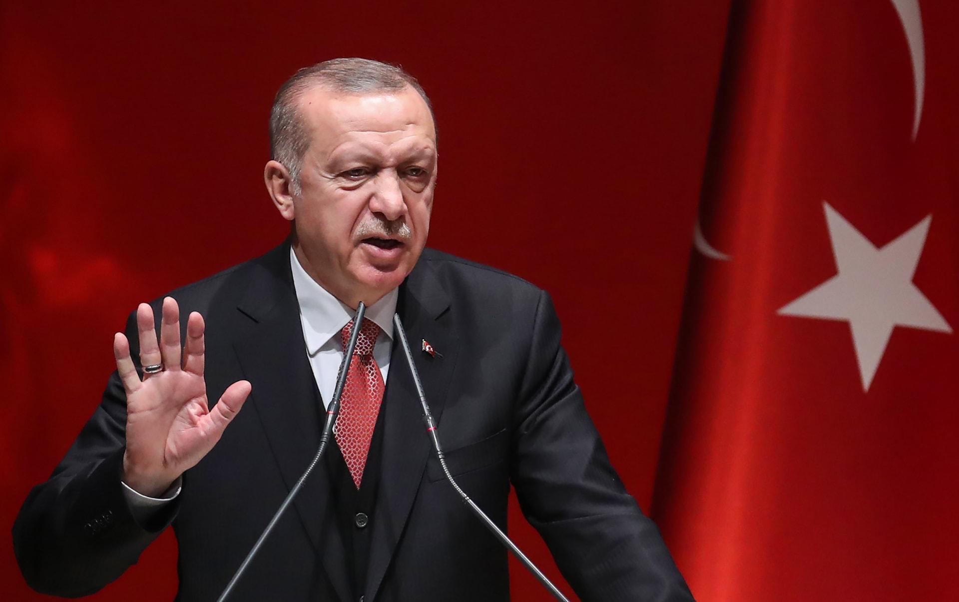 """أردوغان عن العملية التركية بسوريا: 440 قتلوا.. ولا """"رفاهية رحمة"""" لدينا"""