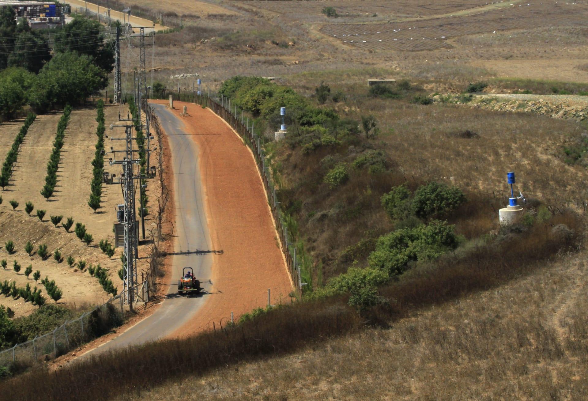 الجيش الإسرائيلي يعلن تحطم إحدى طائراته بدون طيار فوق لبنان