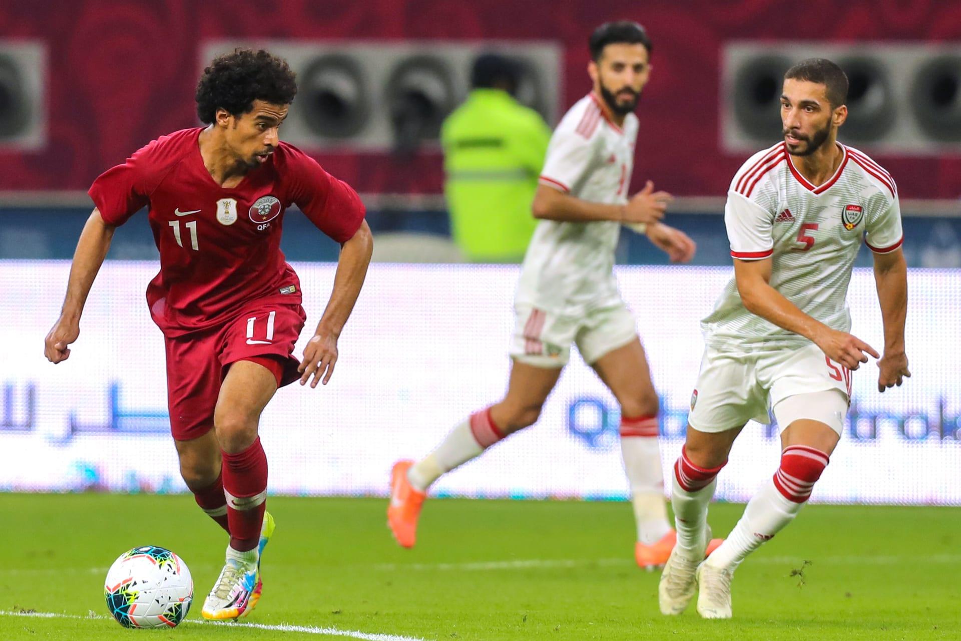 جماهير قطر تُحيي الإمارات بالوقوف أثناء عزف نشيدها الوطني في خليجي 24